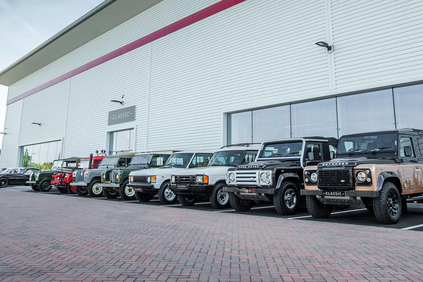 Jaguar-Land-Rover-Factory-lined-up.jpg