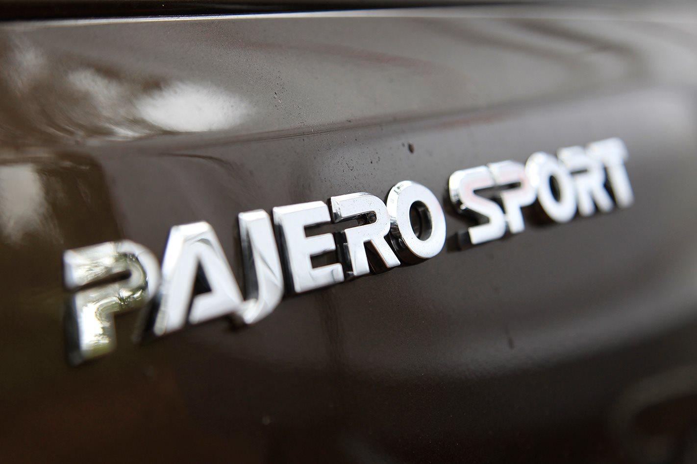 2017 Mitsubishi Pajero Sport Exceed Branding