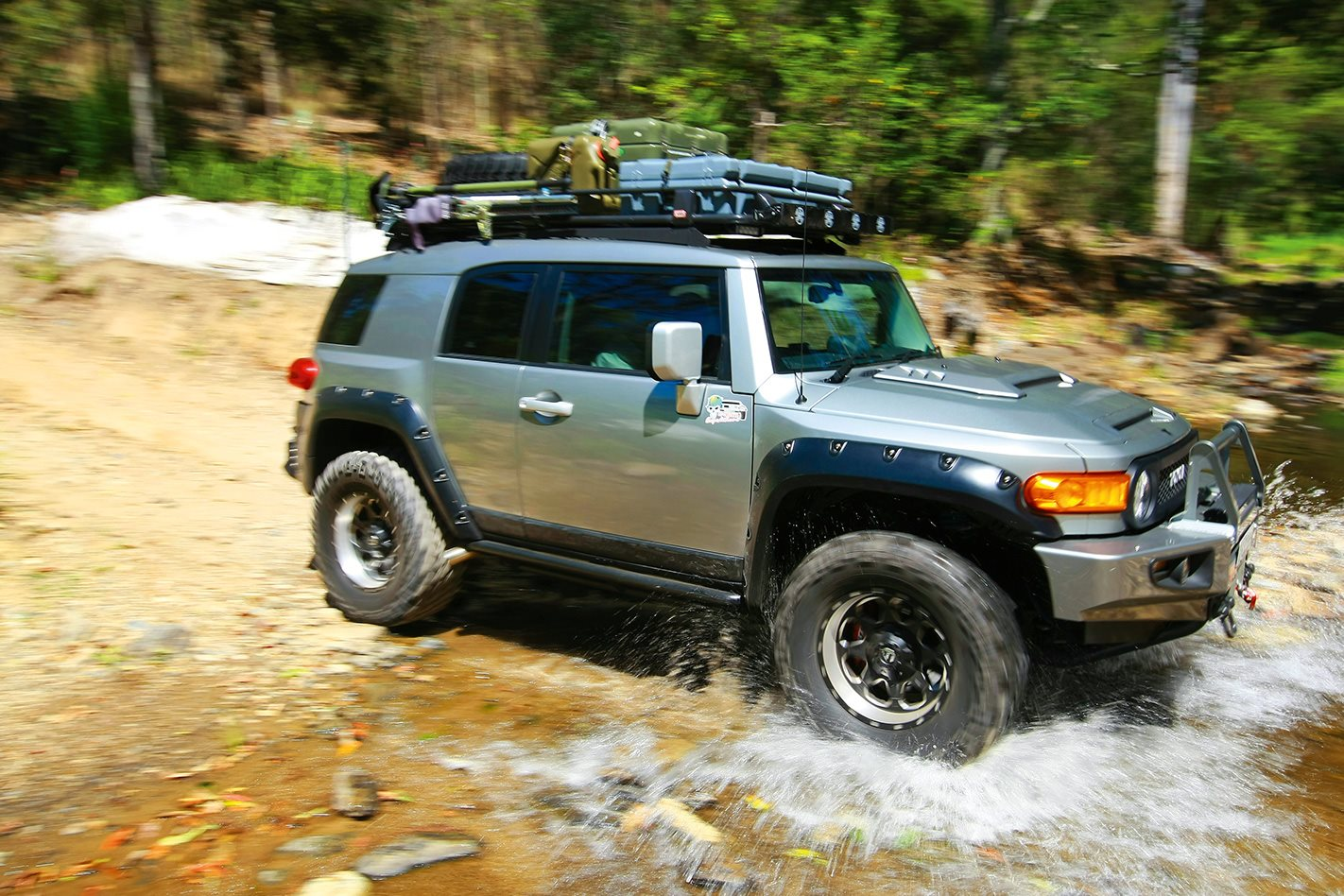 FJ-CRUISER-WITH-THE-LOT.jpg