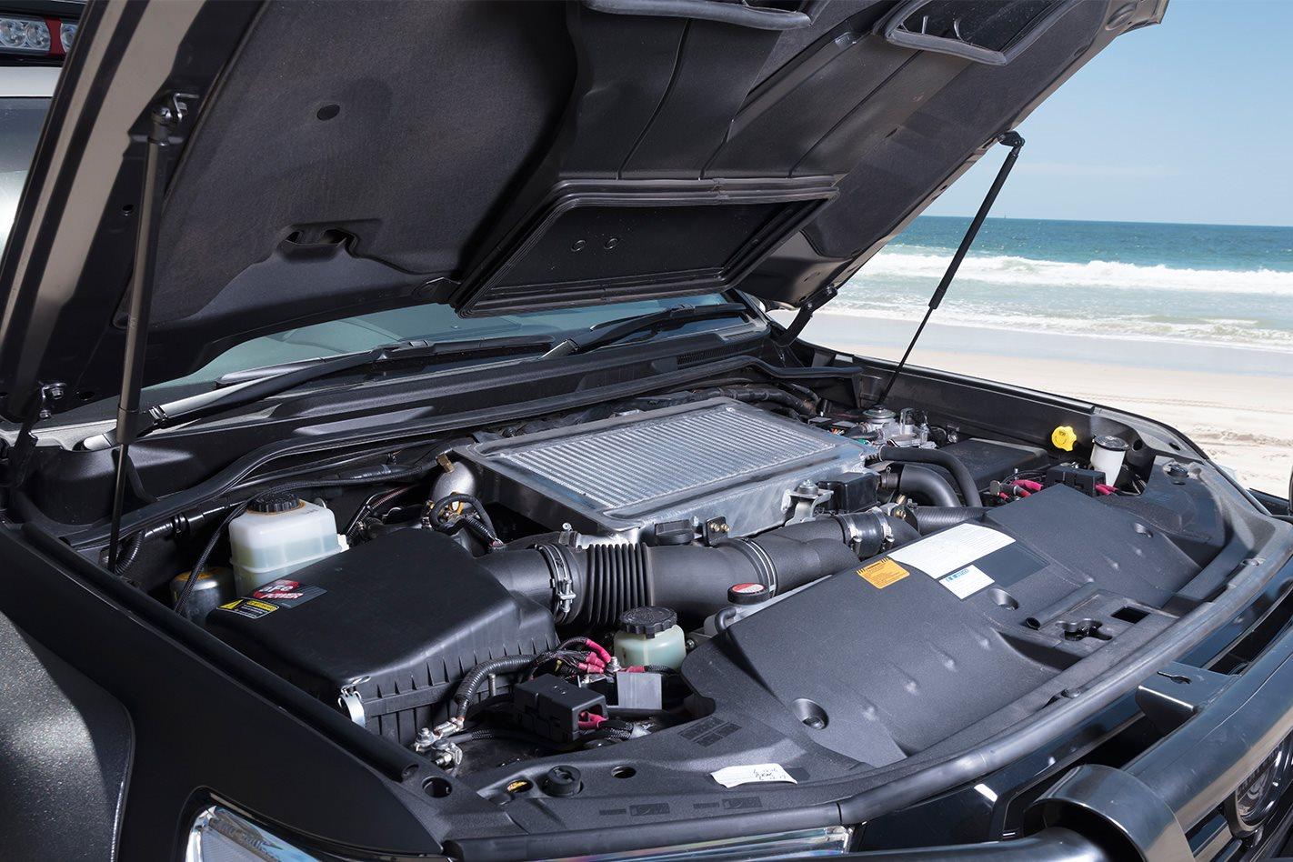 Patriot Campers 2016 Toyota LC200 Super Tourer Engine