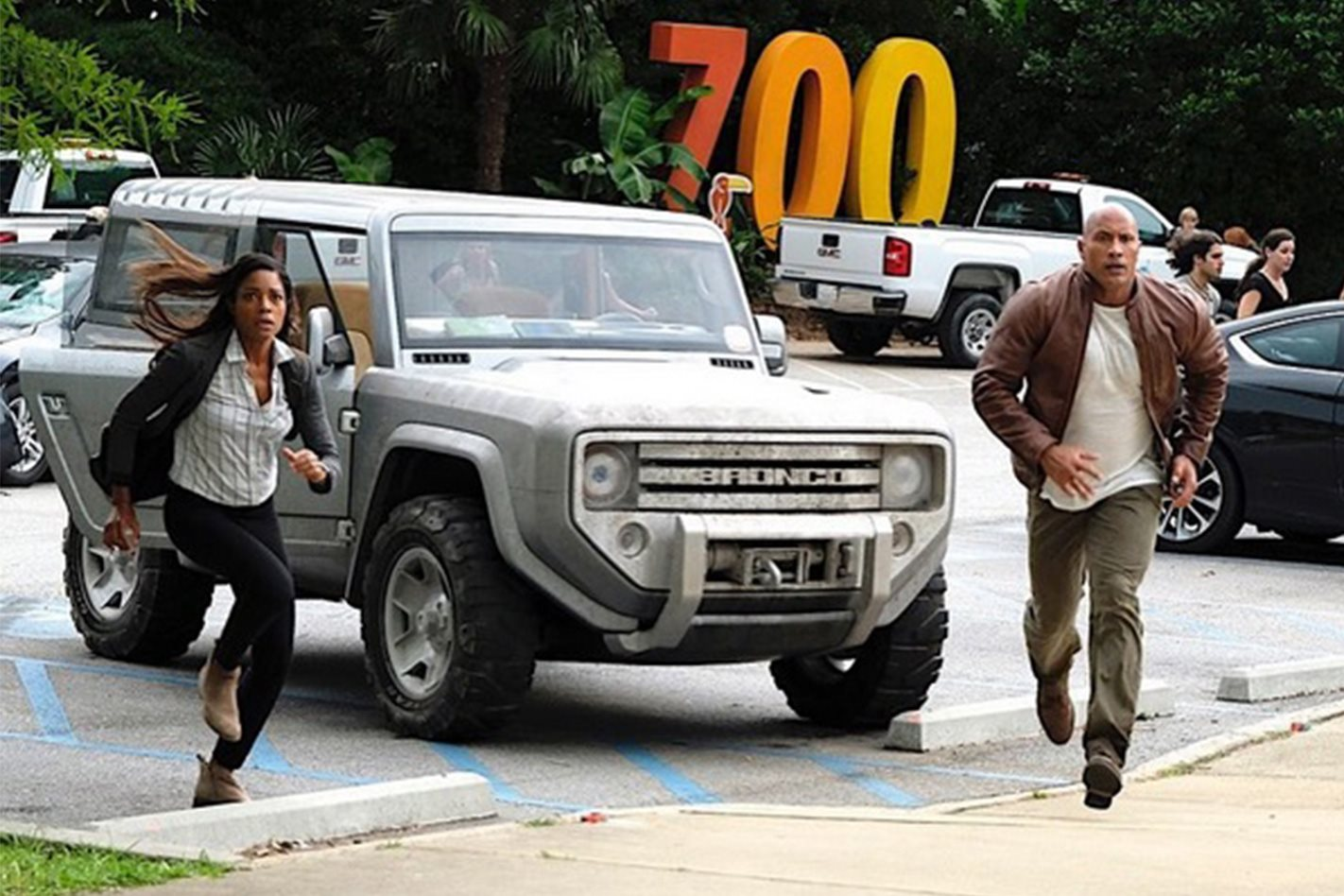 2004 Ford Bronco Concept in new movie
