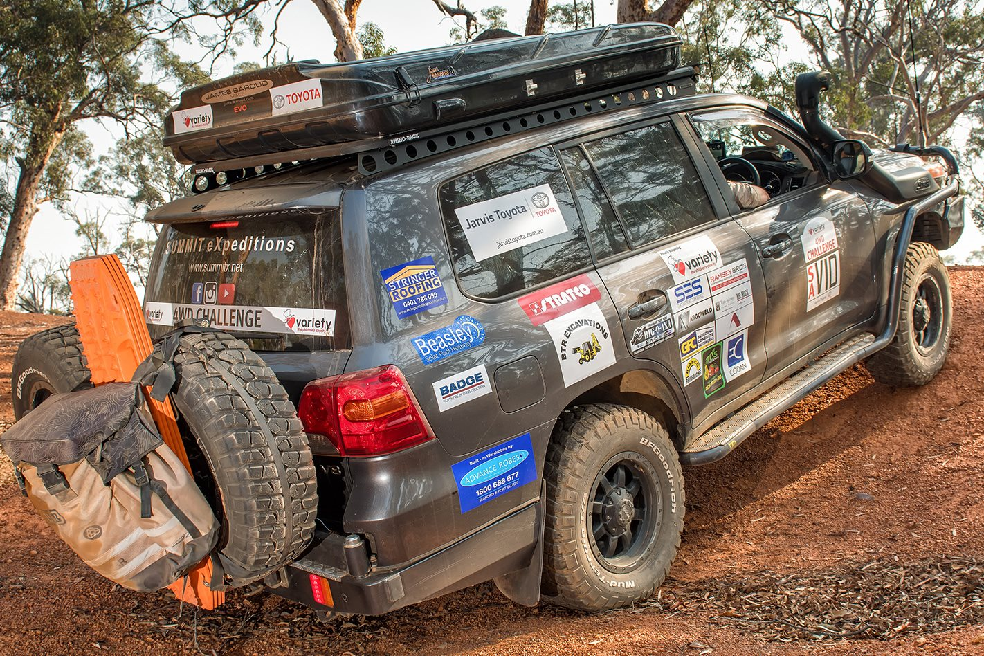 2014 Land Cruiser 200 Series rear
