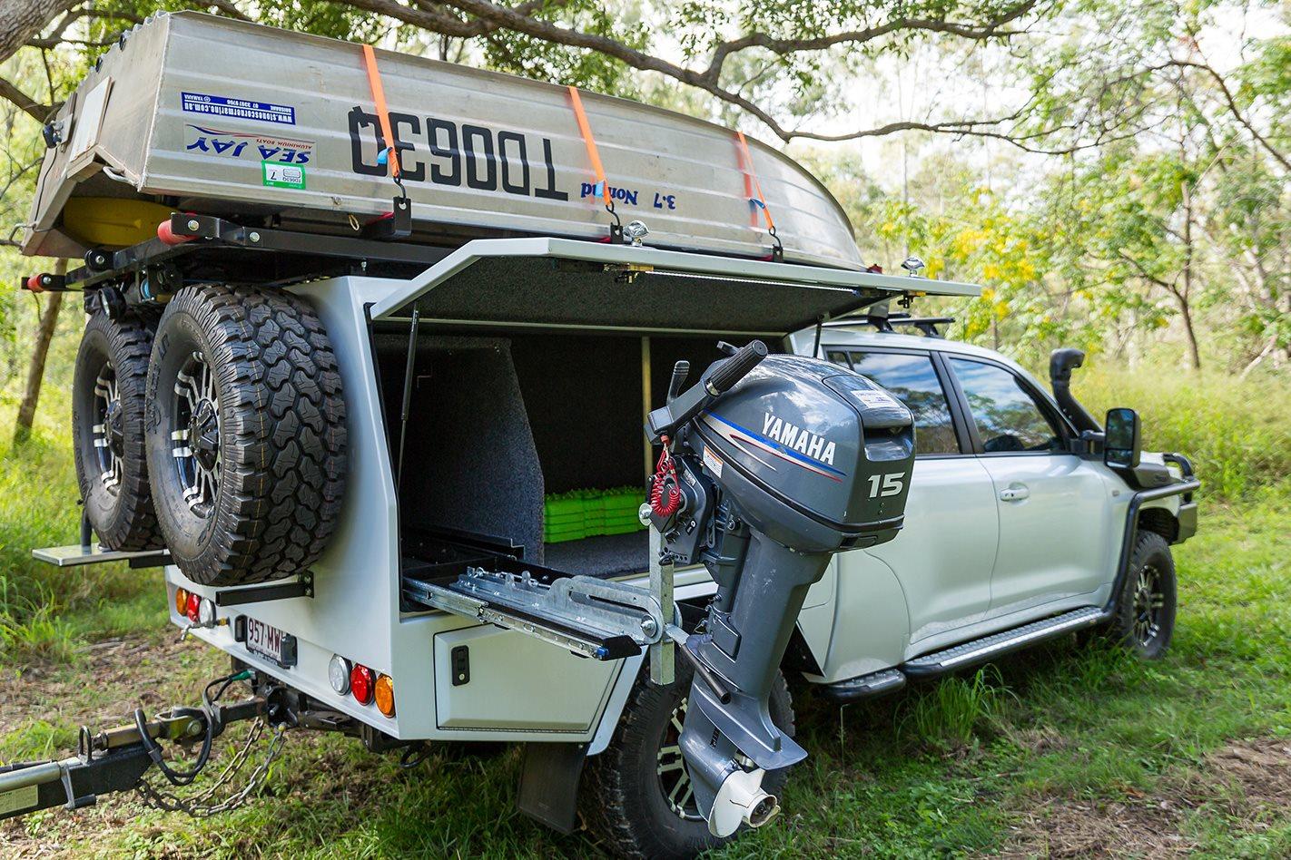 Custom Land Cruiser 200 Series Tray setups