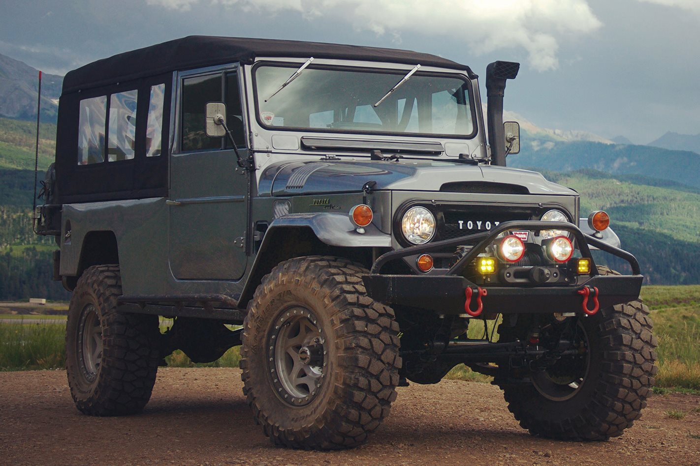 1966 Land Cruiser FJ45 Troopy review