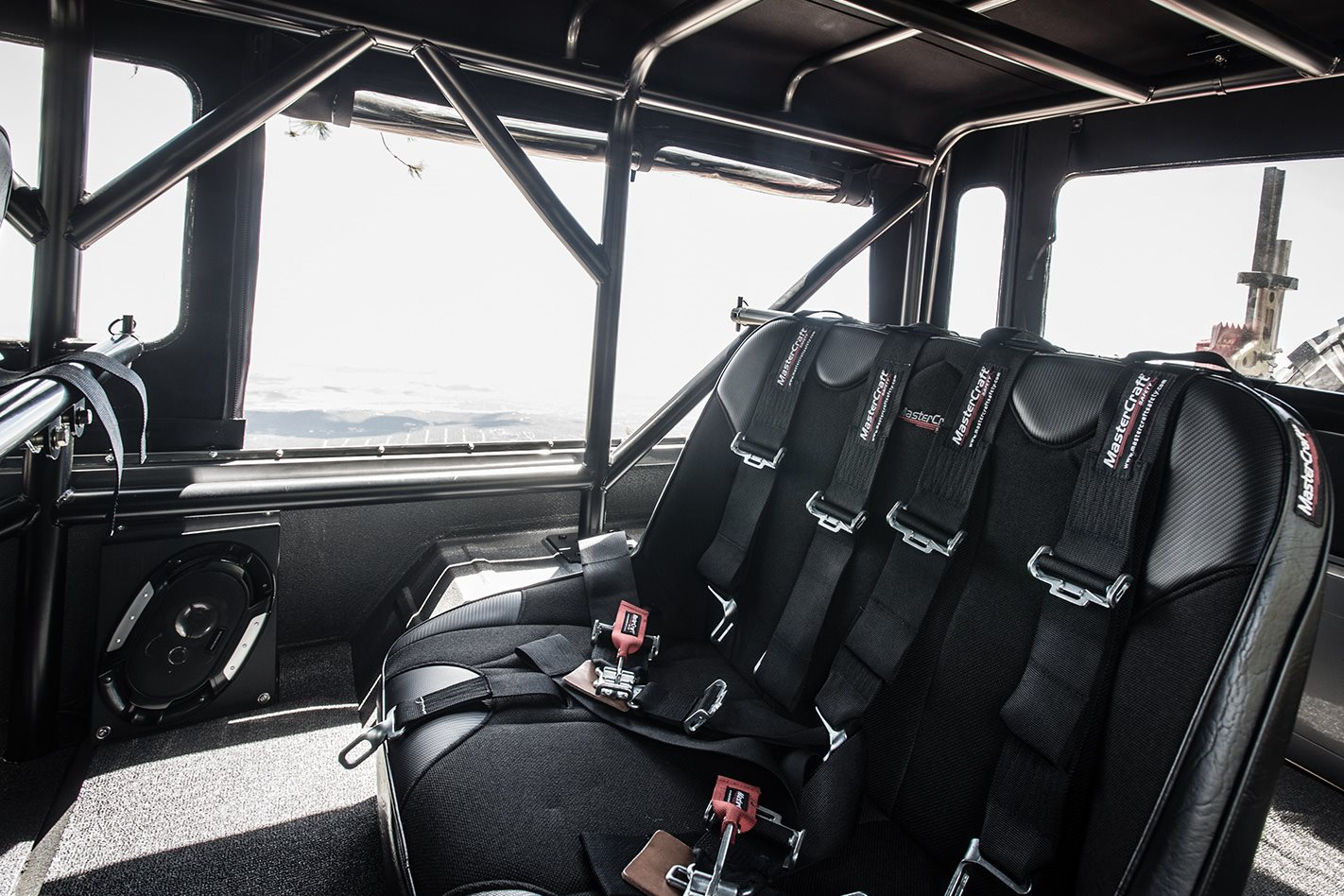 Custom Land Cruiser FJ45 Troopy rear seats