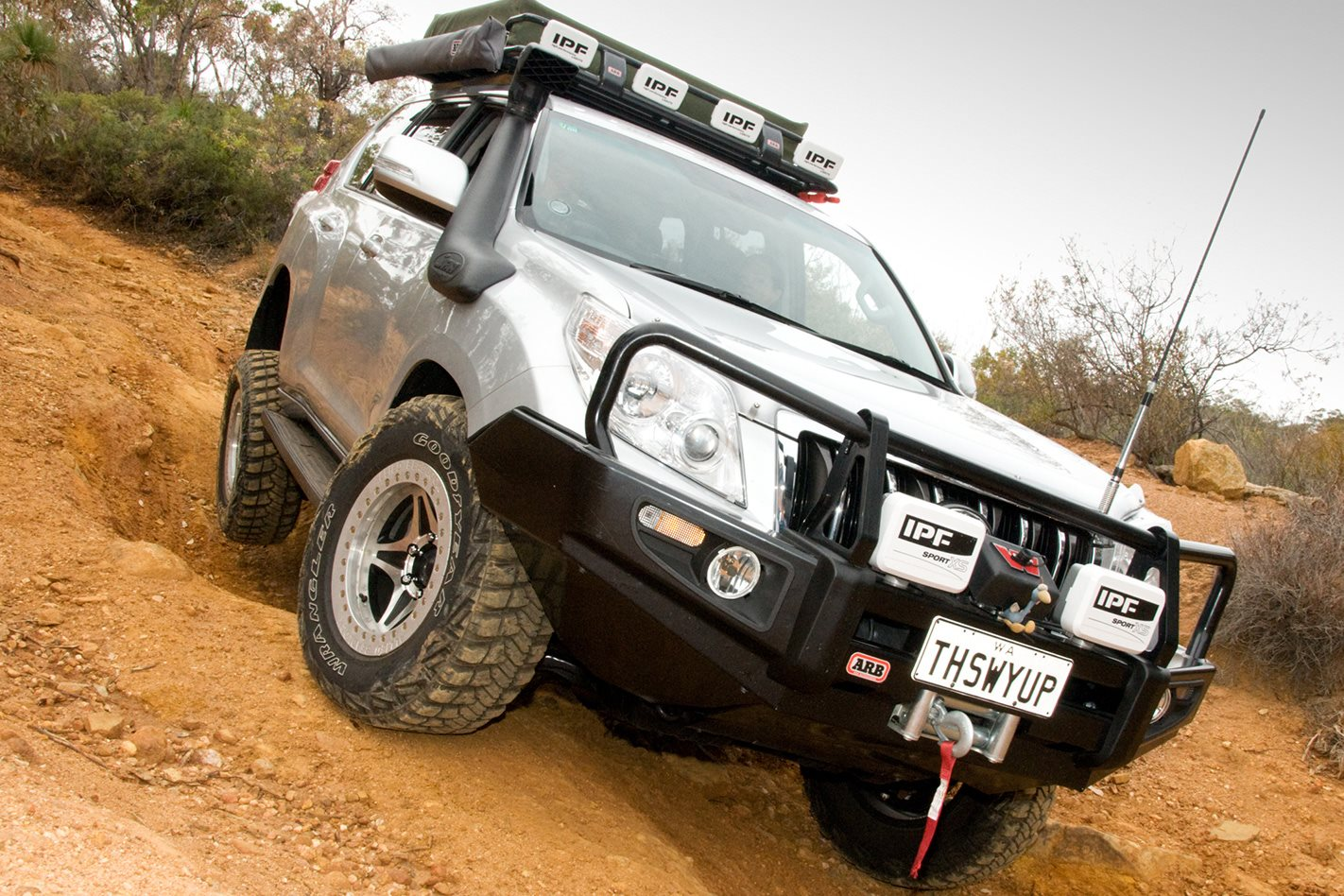 2011 Toyota Prado 150 Series GXL traction control