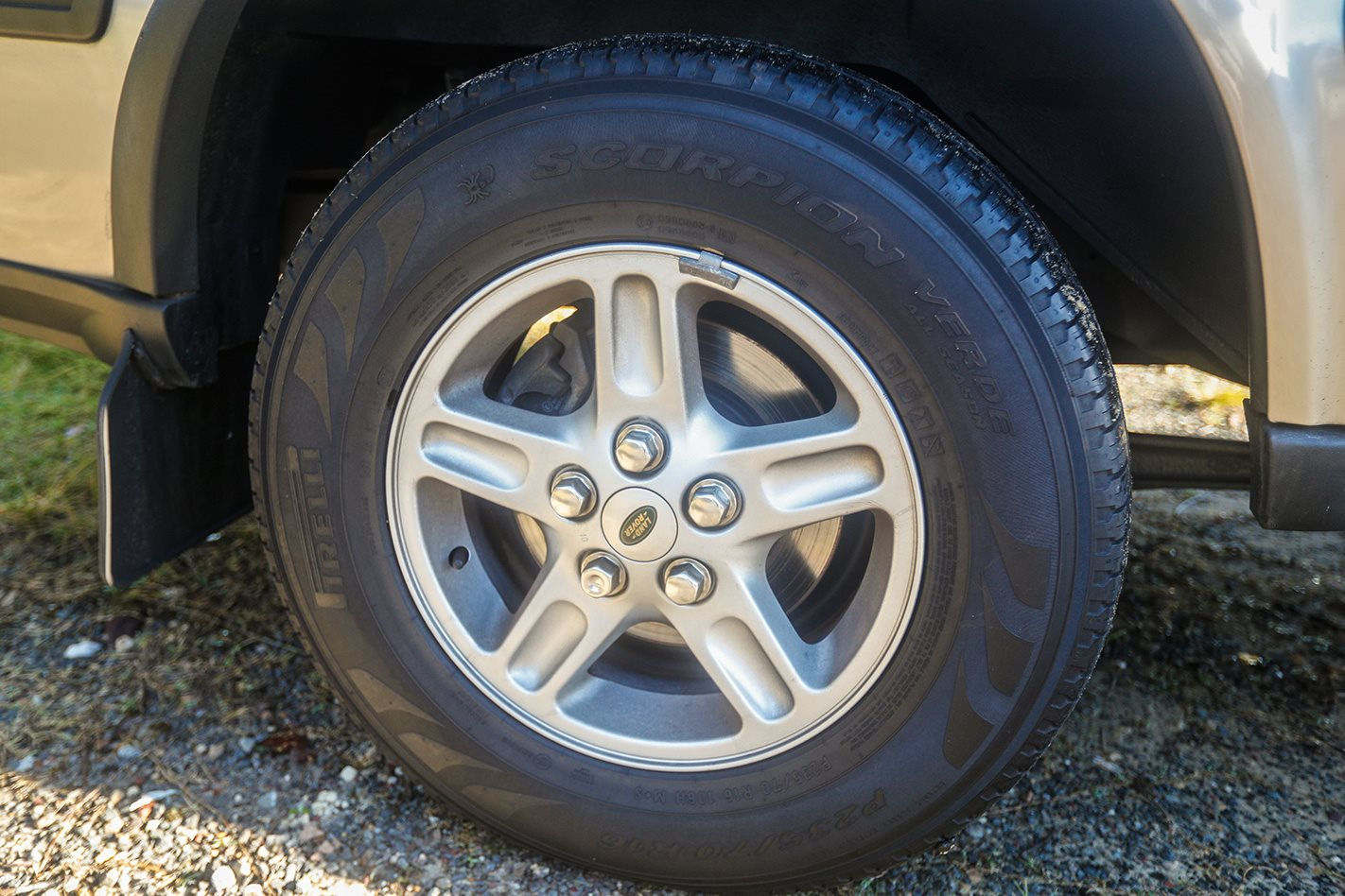 2003 Land Rover Discovery TD5 wheel