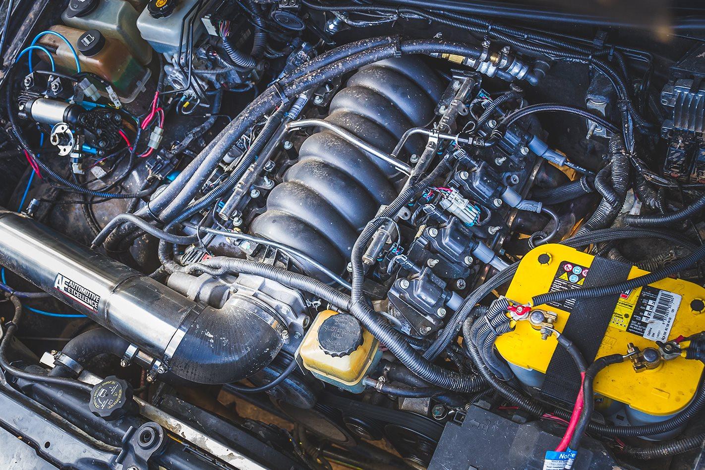 H3 HUmmer engine