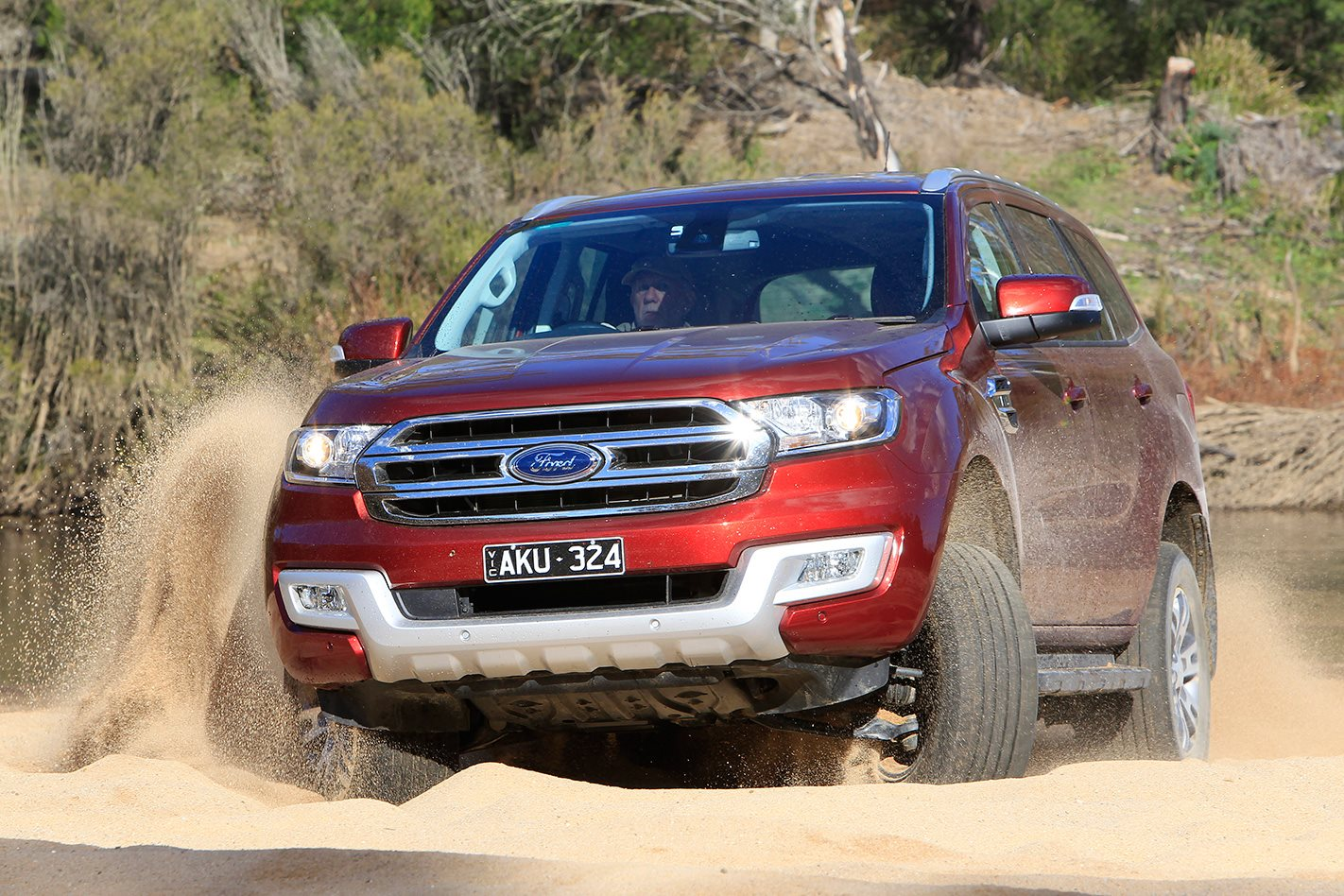 2017 Ford Everest Trend sand driving
