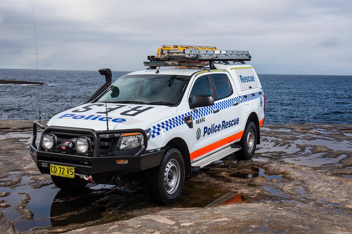 NSW Police Squad HJ47 Cruiser front.jpg