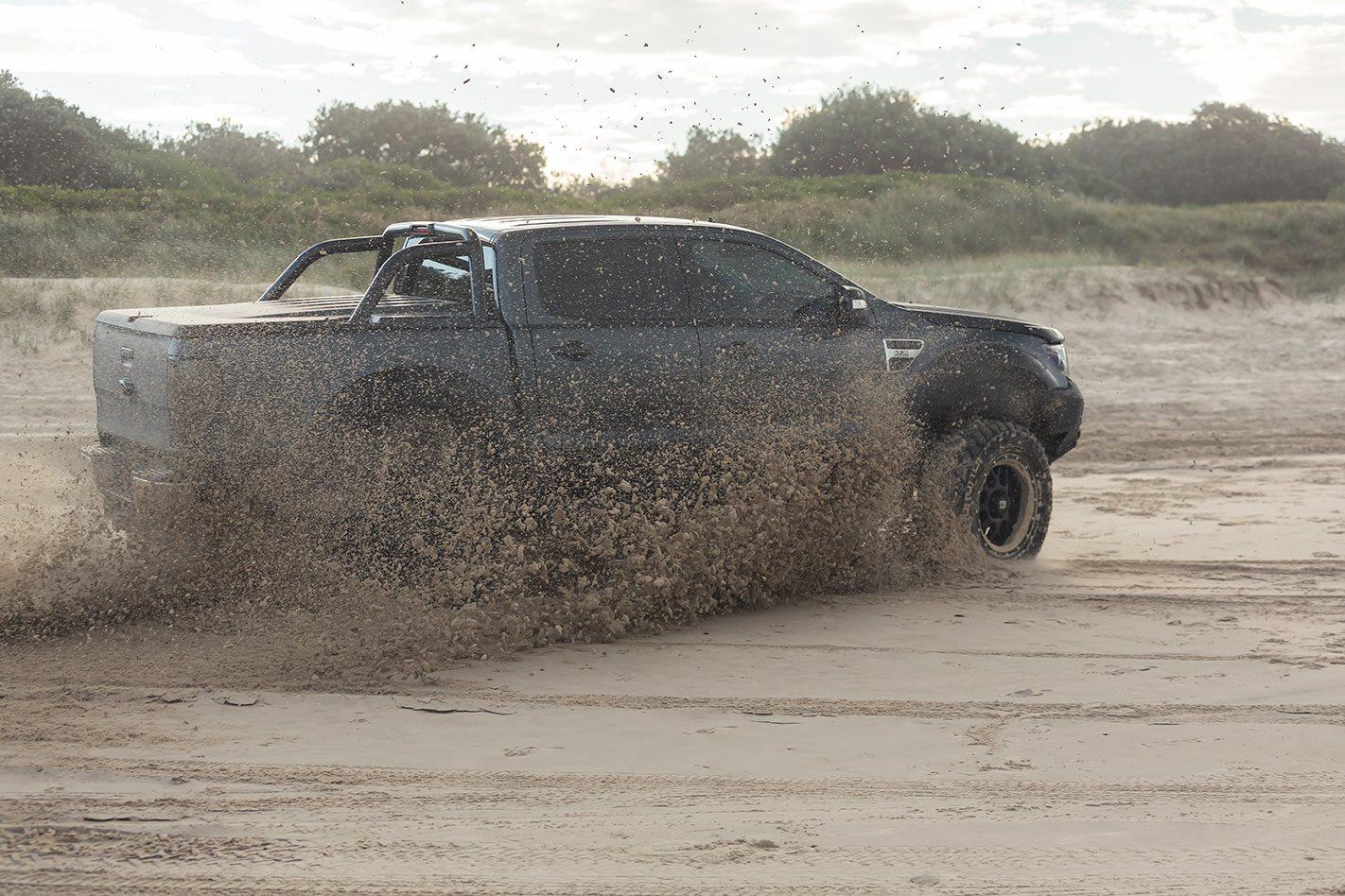 Custom Ford V8 Ranger sand.jpg
