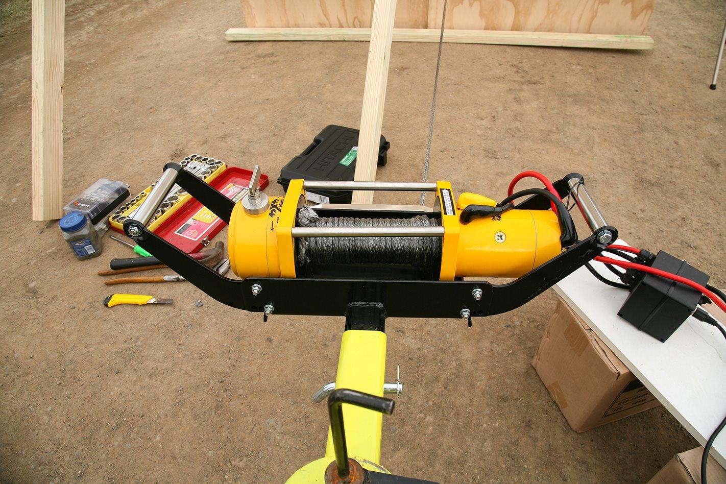 Sherpa Mustang 9500: 12-volt winch test