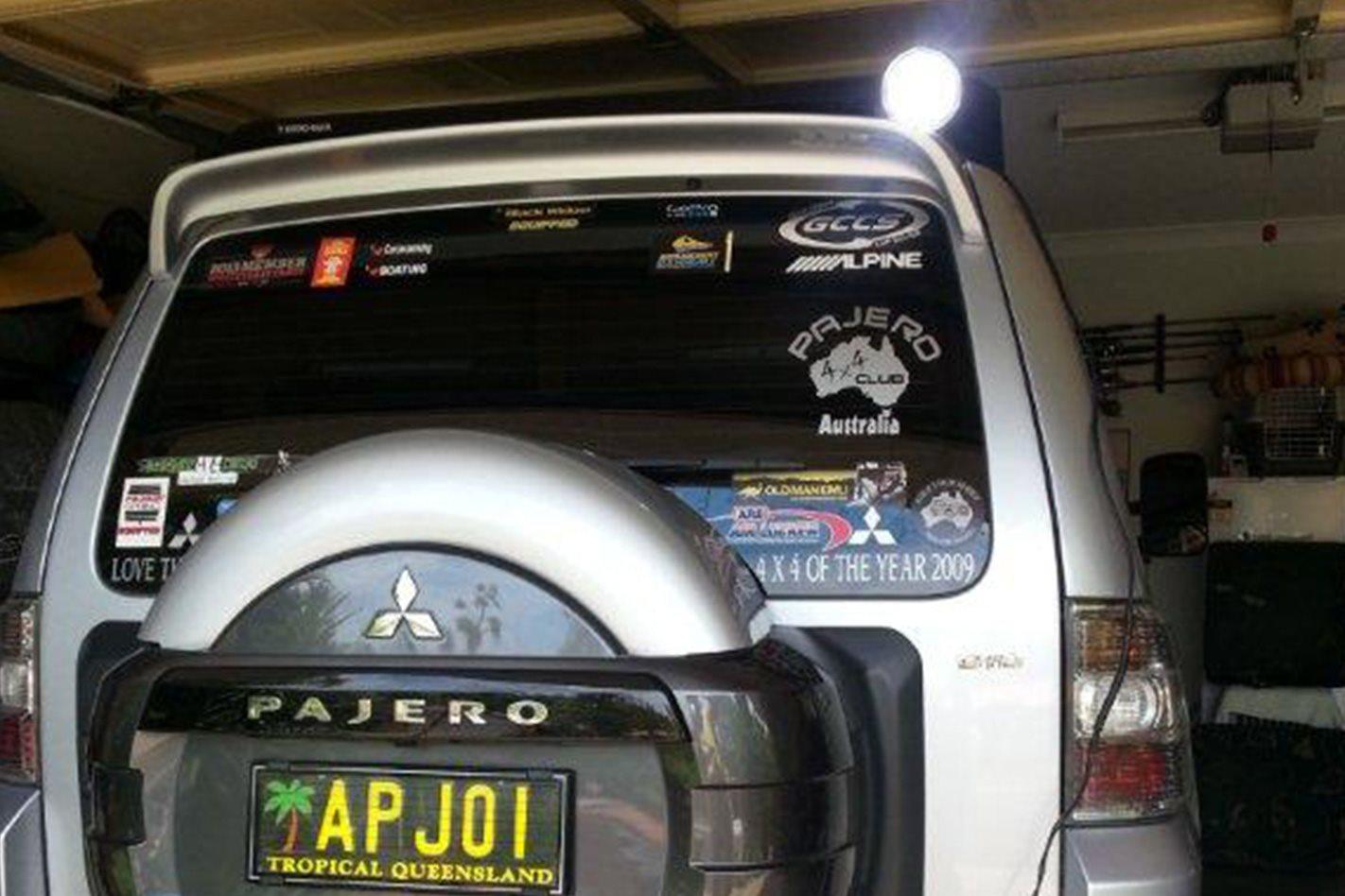Mitsubishi Pajero custom LED lights
