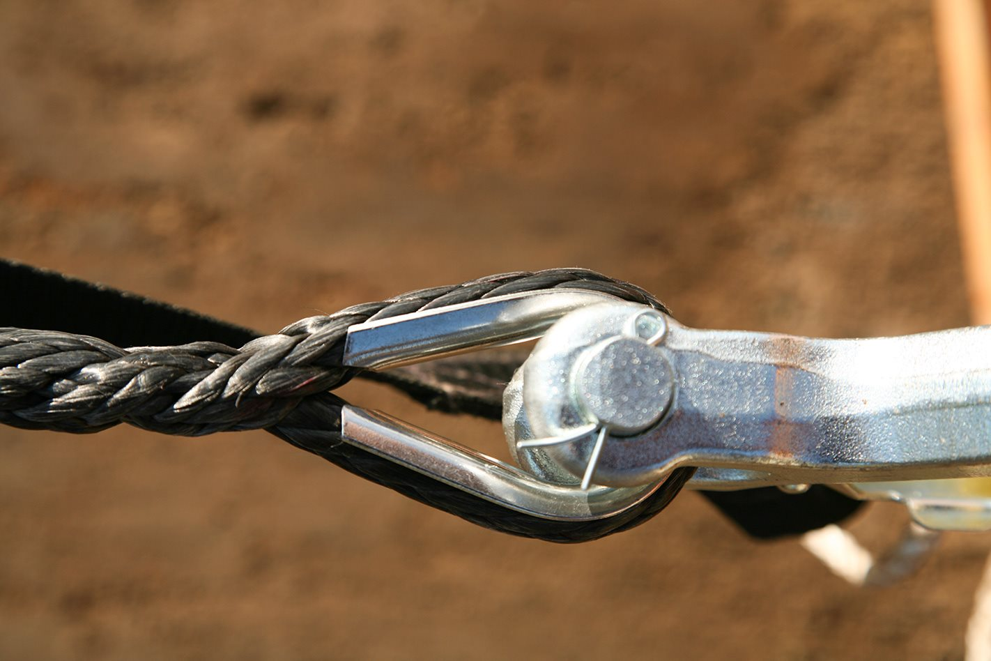 Bushranger Seal 9.5TH clevis pin.jpg