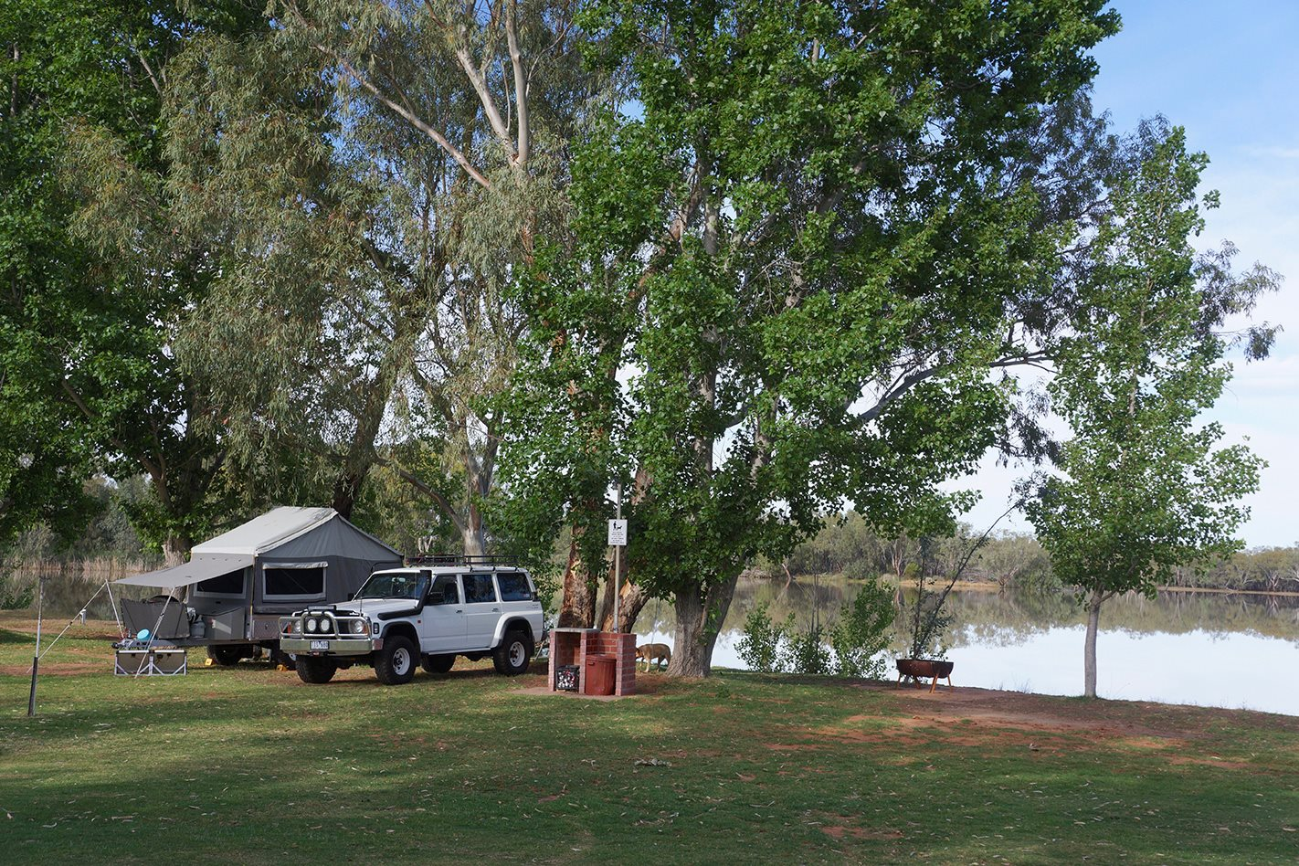 Copi Hollow Lake campsite Darling River NSW.jpg