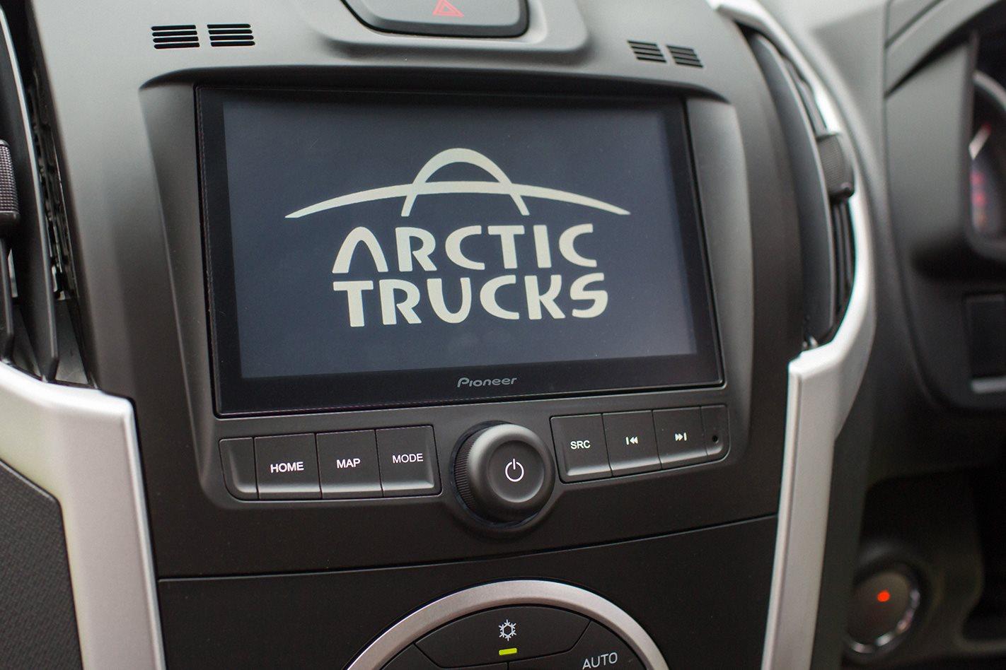 Isuzu D Max Arctic Truck AT35 electronics