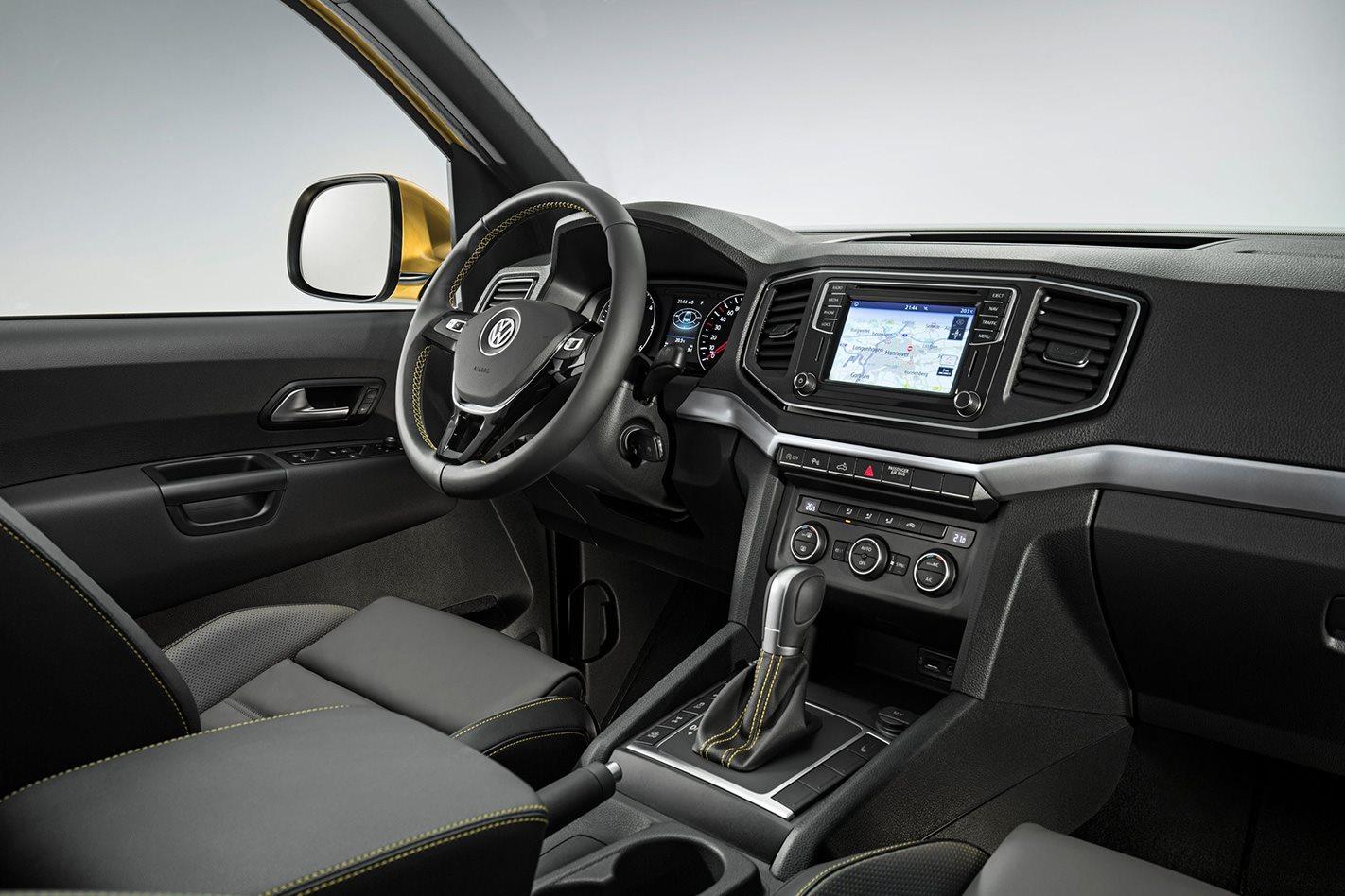 Volkswagen V6 TDI Amarok interior