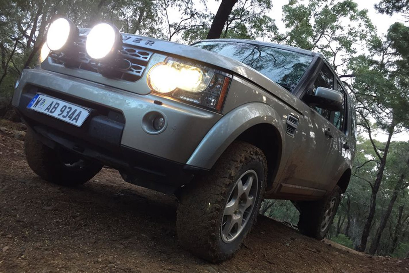 2012 5.0 V8 LAND ROVER DISCOVERY – BRIAN ELLOY