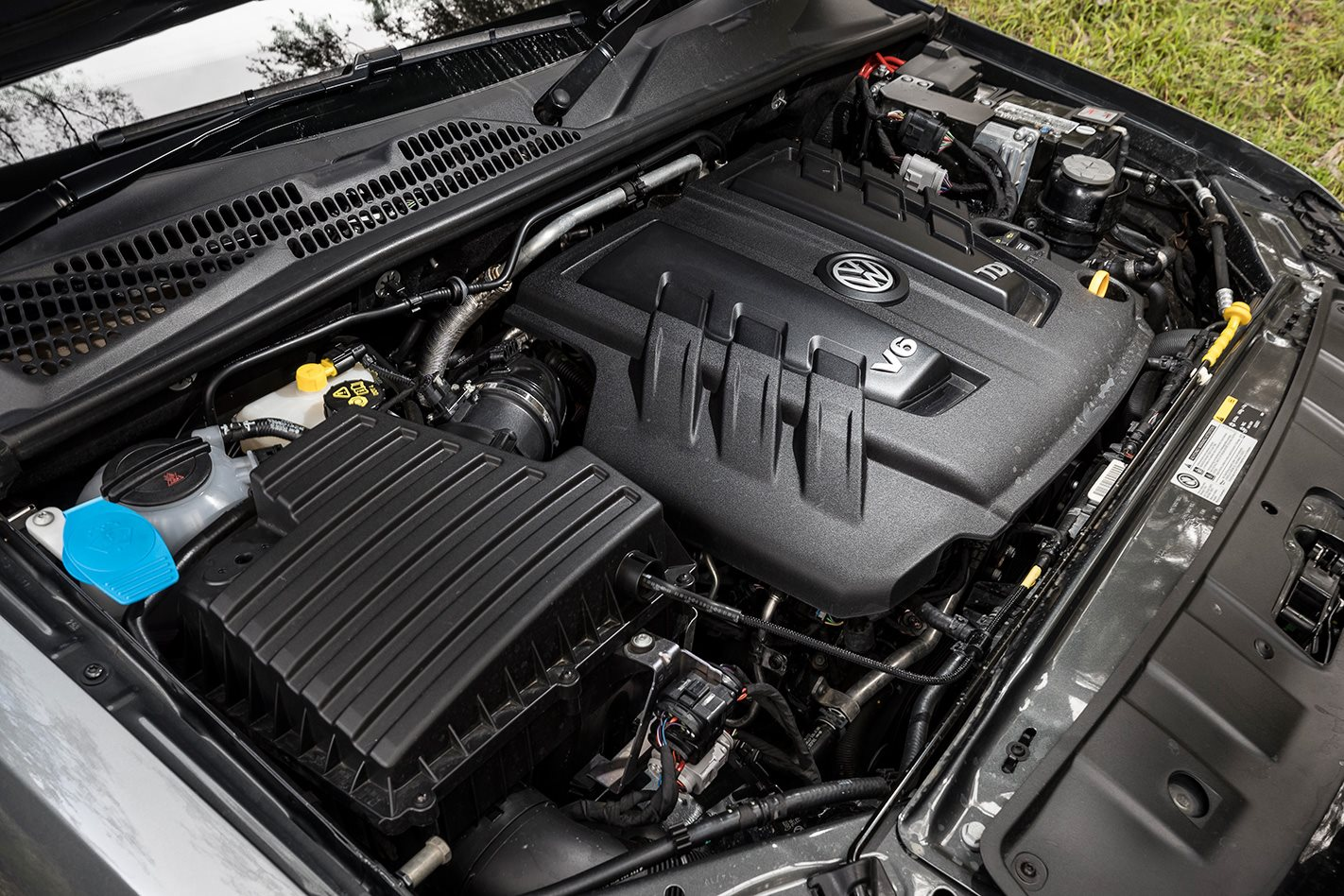 Volkswagen Amarok V6 engine.jpg