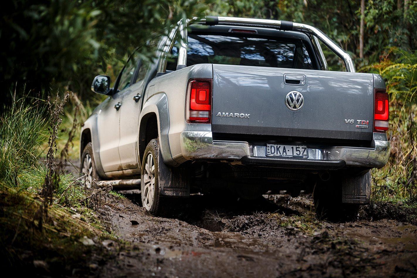 Volkswagen Amarok V6 rear.jpg