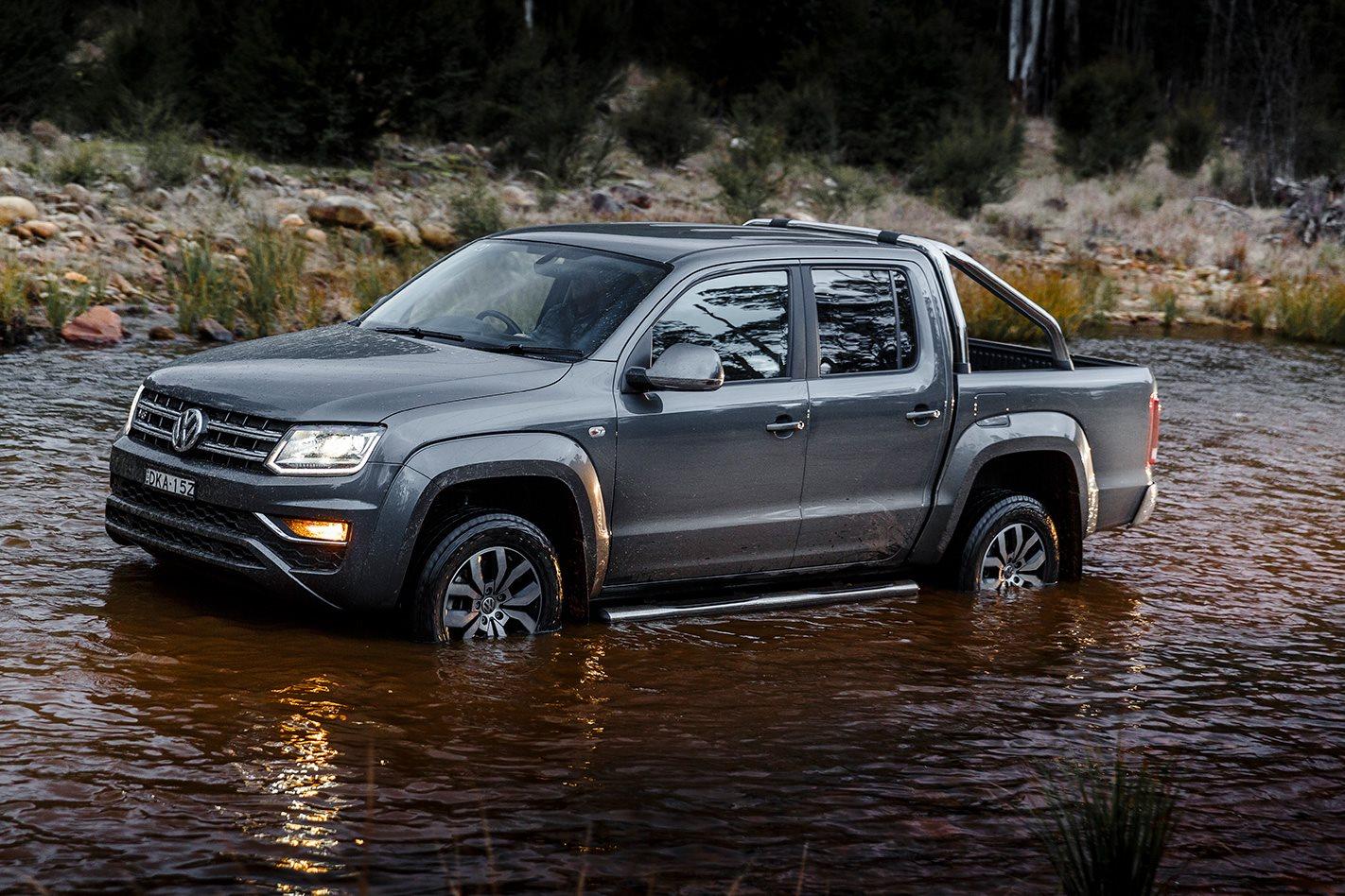 Volkswagen Amarok V6 water crossing.jpg