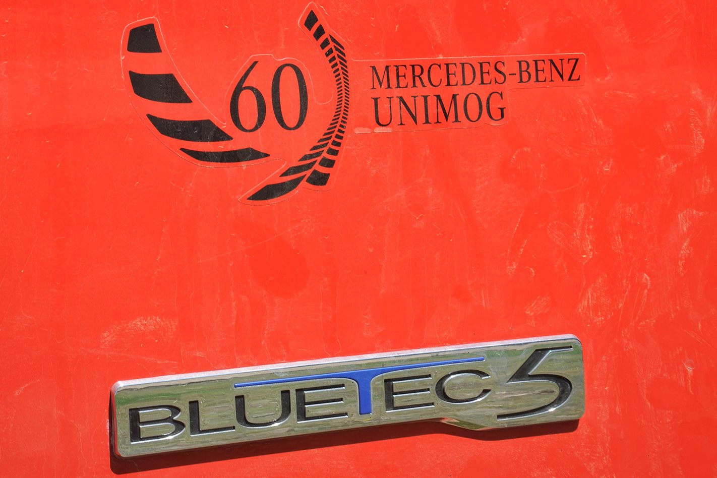 Mercedes Benz Unimog U5000 badge