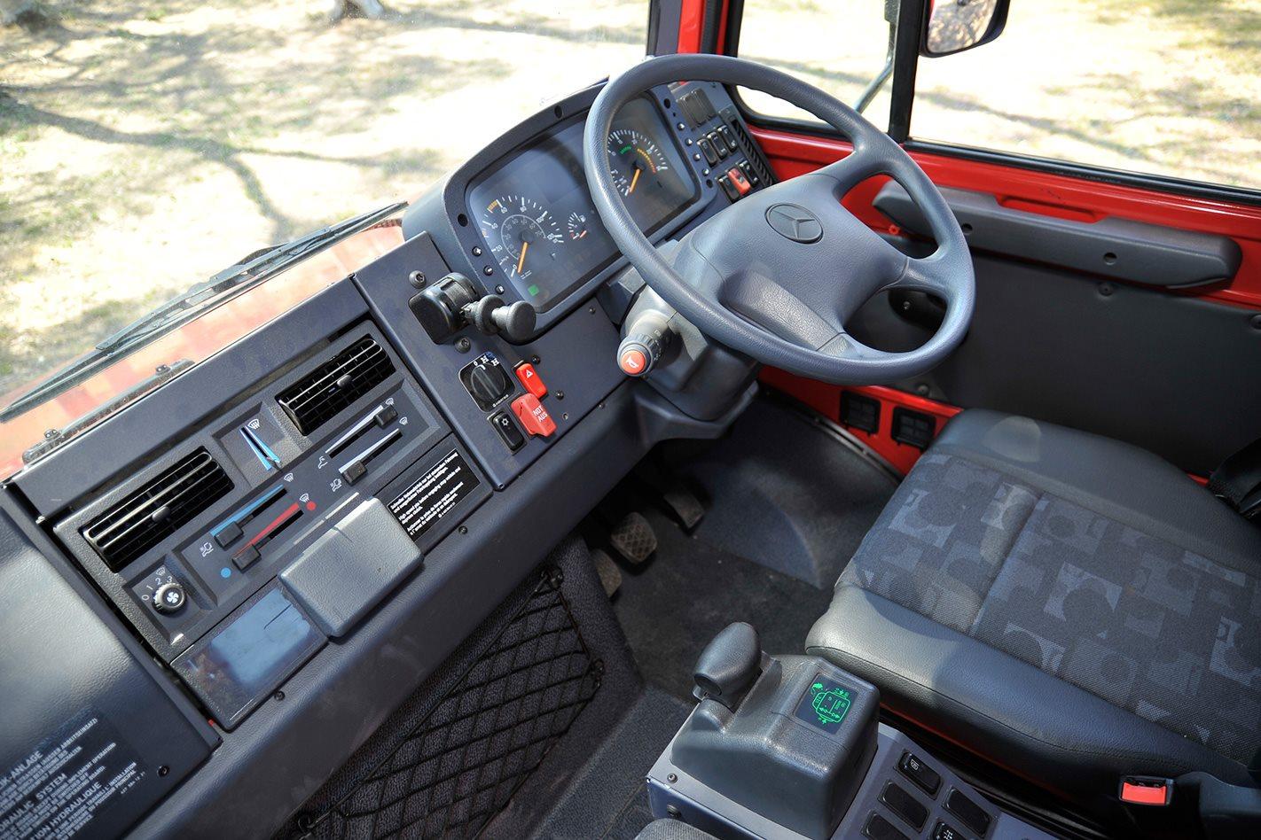 Mercedes Benz Unimog U5000 cabin