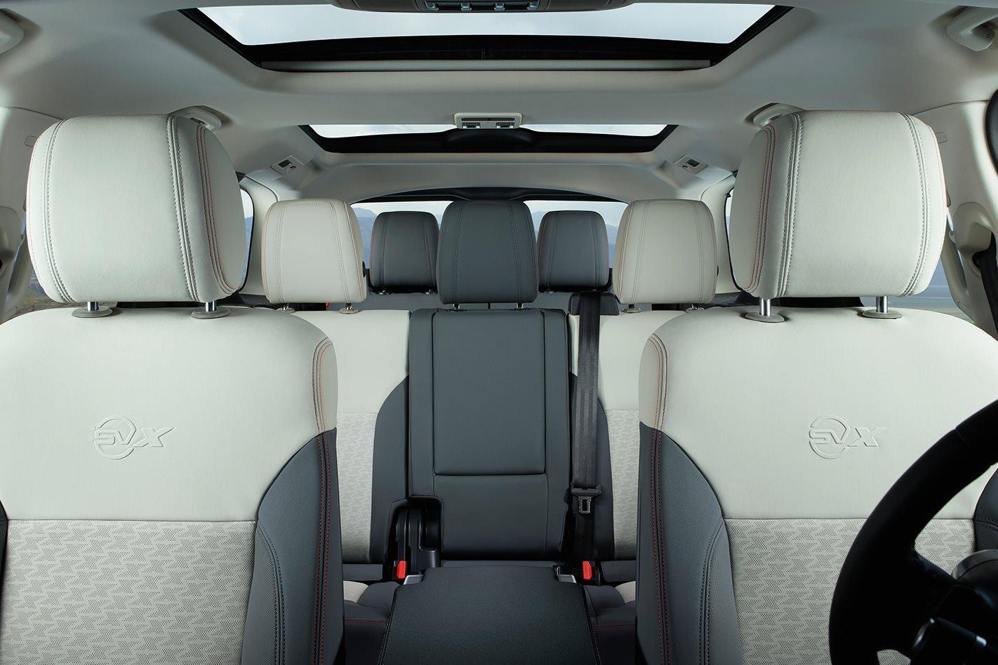 Land-Rover-Discovery-SVX-cabin.jpg