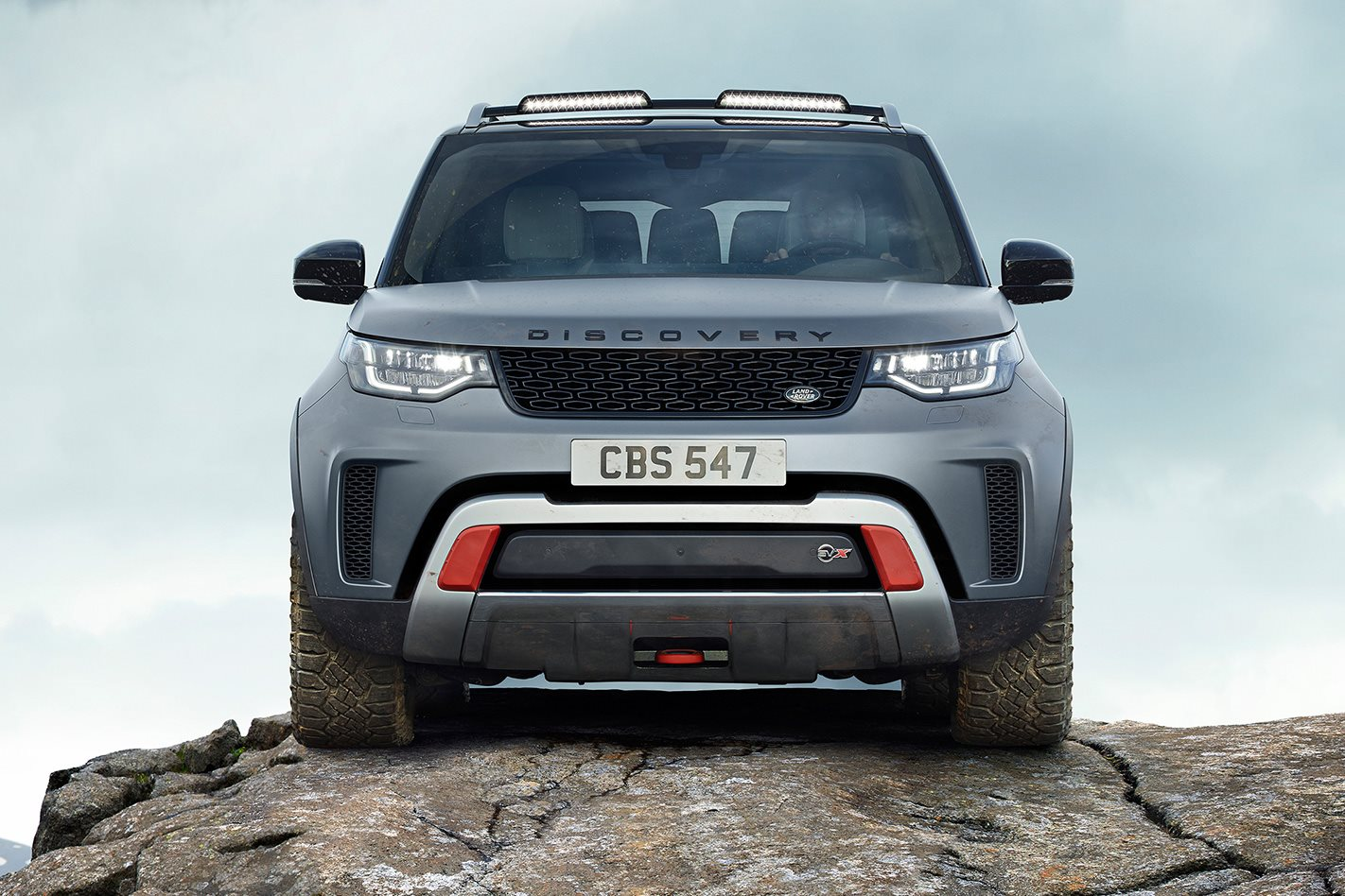 Land-Rover-Discovery-SVX-front.jpg