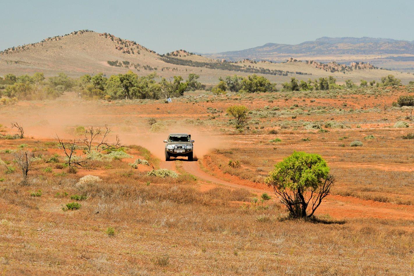 Dirt-road,-Flinders-Ranges.jpg