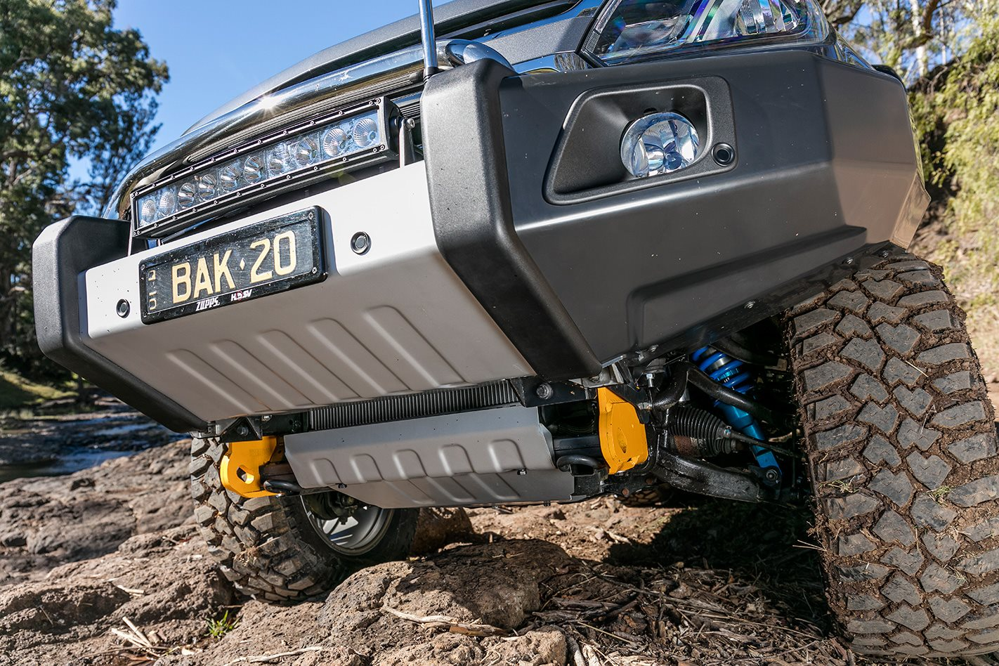 2016 Holden Colorado Z71 custom recovery plate.jpg
