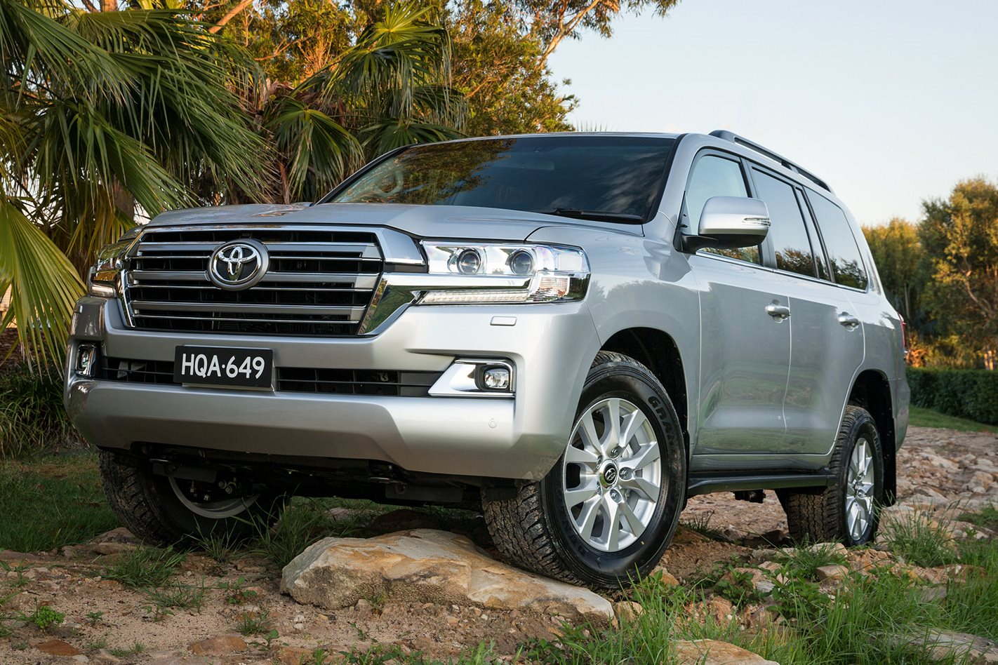 toyota land cruiser 100 and 200 series recall. Black Bedroom Furniture Sets. Home Design Ideas