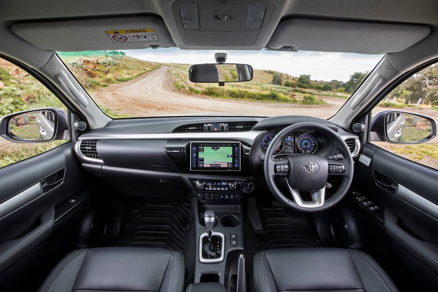 2017-Toyota-Hilux-cabin.jpg