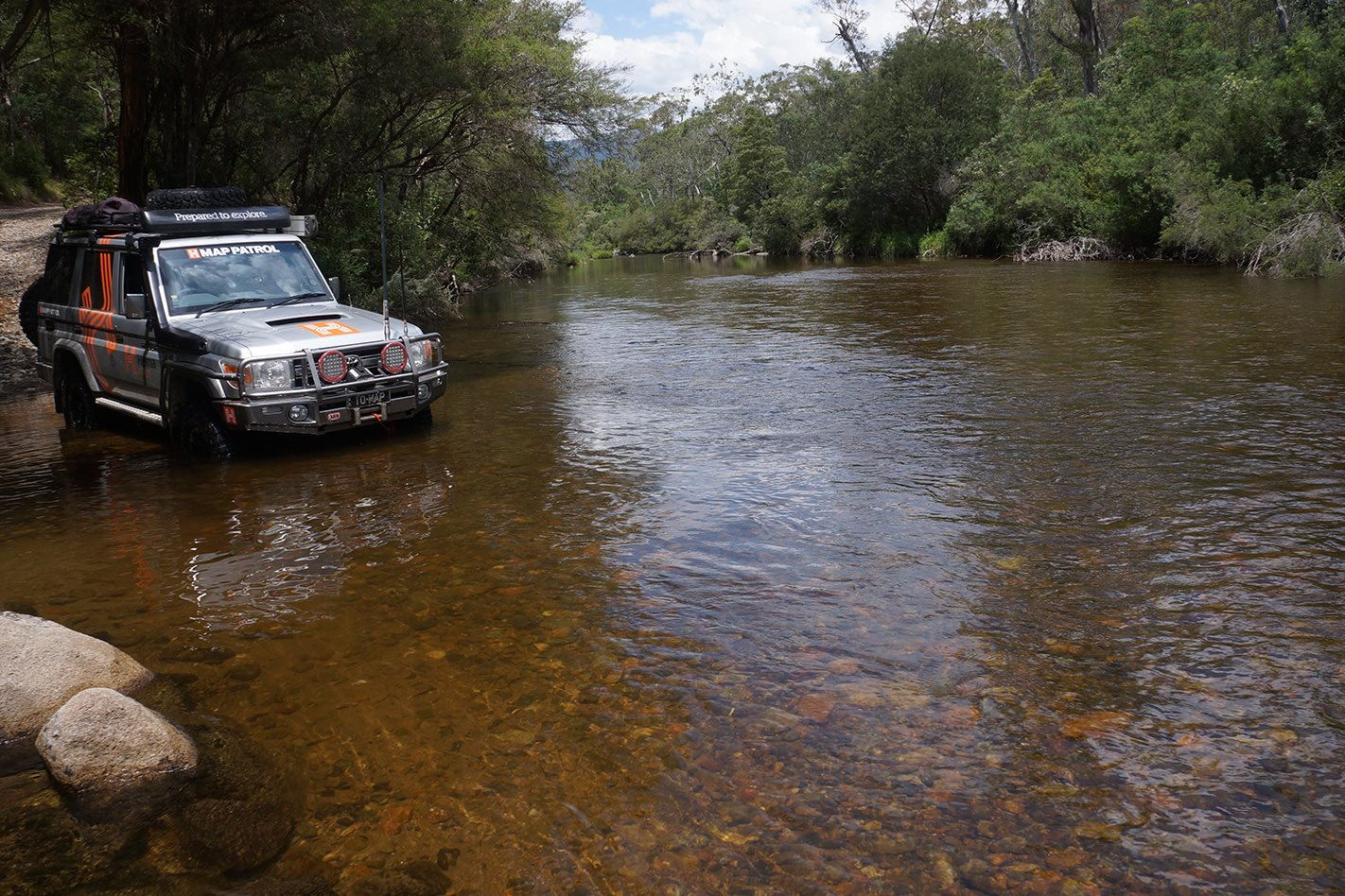 The Ingeegoodbee Track, The Murray River water crossing