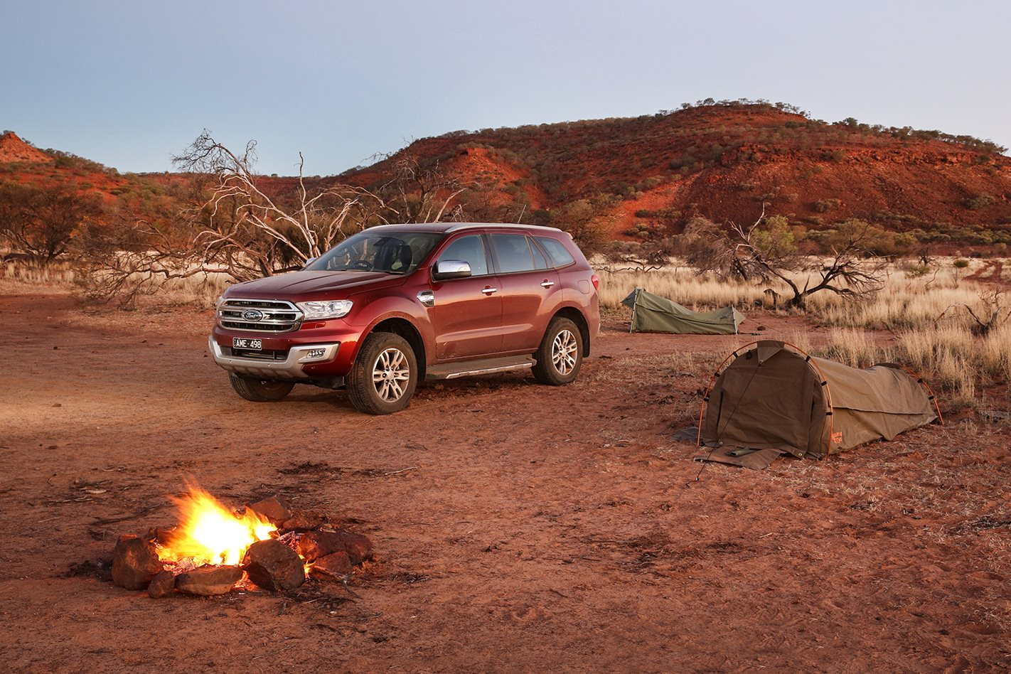 Ford-Everest-Titanium-outback.jpg