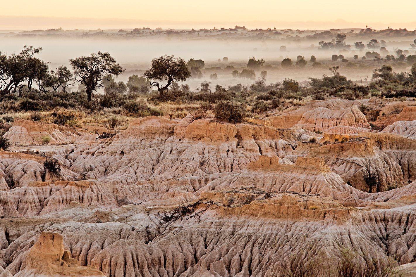 Lake-Mungo-NSW.jpg