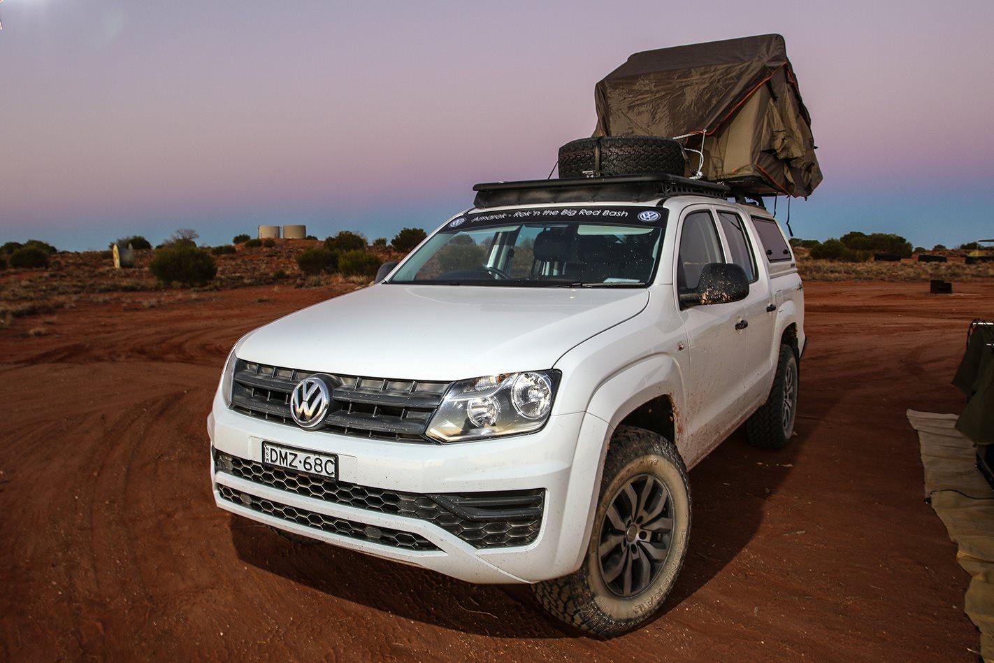 Volkswagen Amarok ARB awning and sand-shovel holder