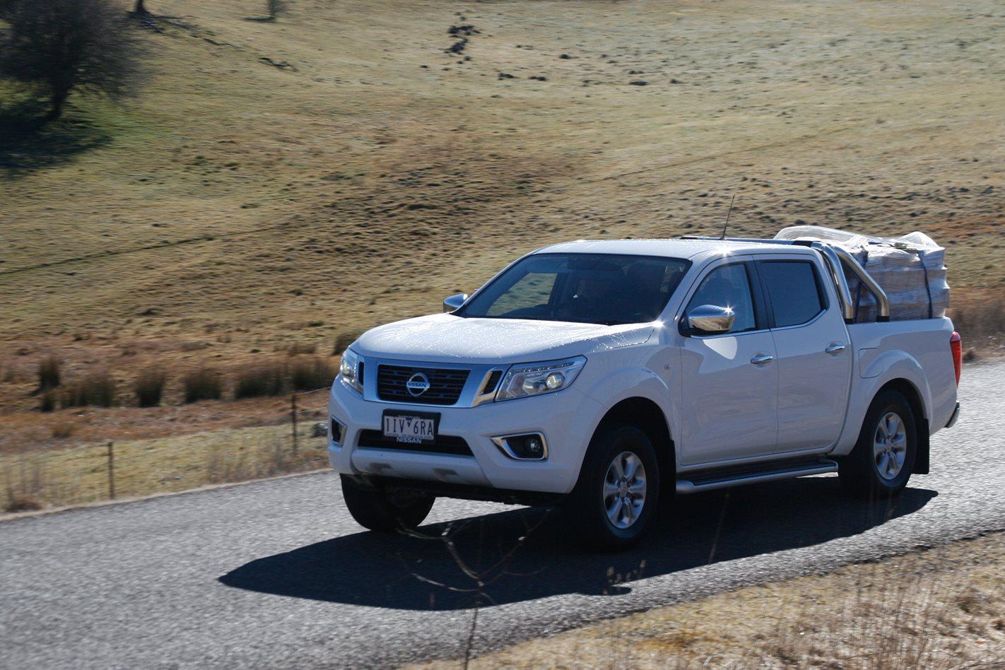 2017-Nissan-Navara-II-exterior.jpg