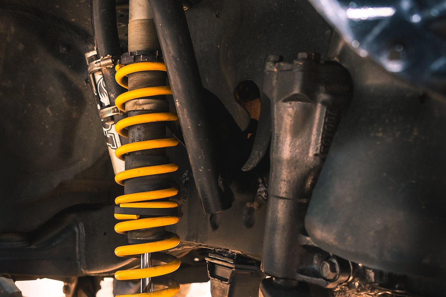 2015-Toyota-Hilux-suspension-coils.jpg