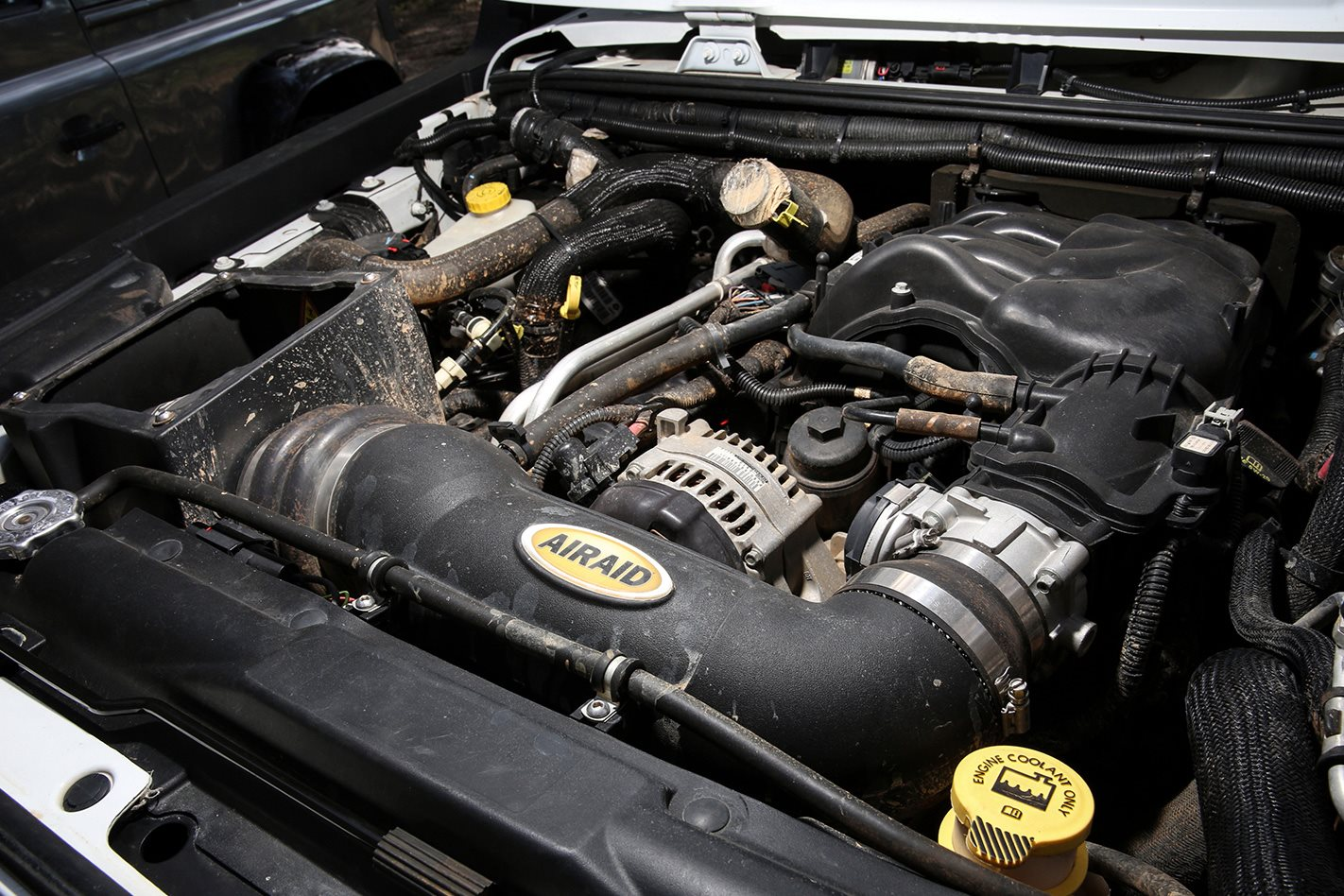 2013-Jeep-Wrangler-Rubicon-engine.jpg