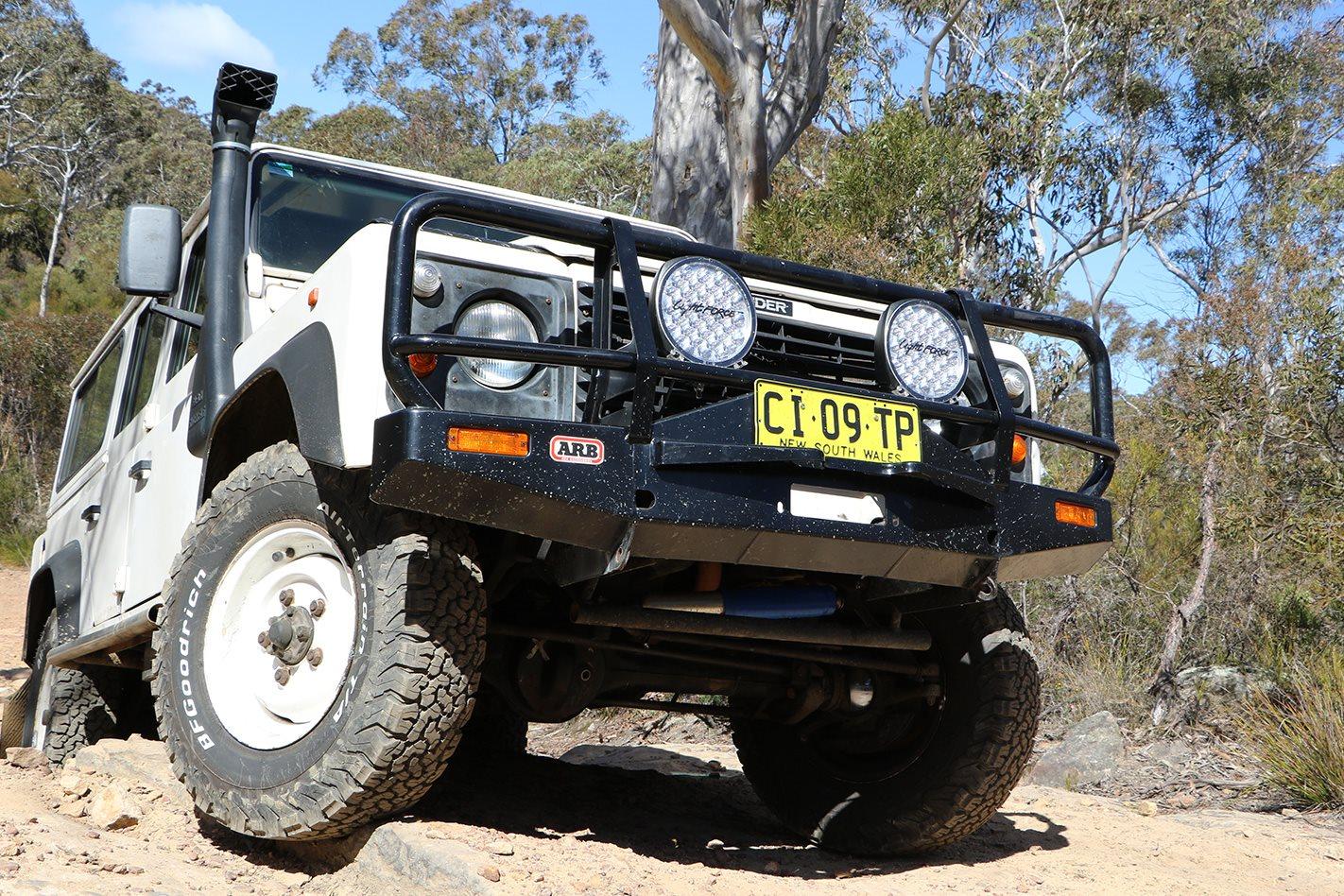 1994-Land-Rover-Defender-300TDI-LED-headlights.jpg