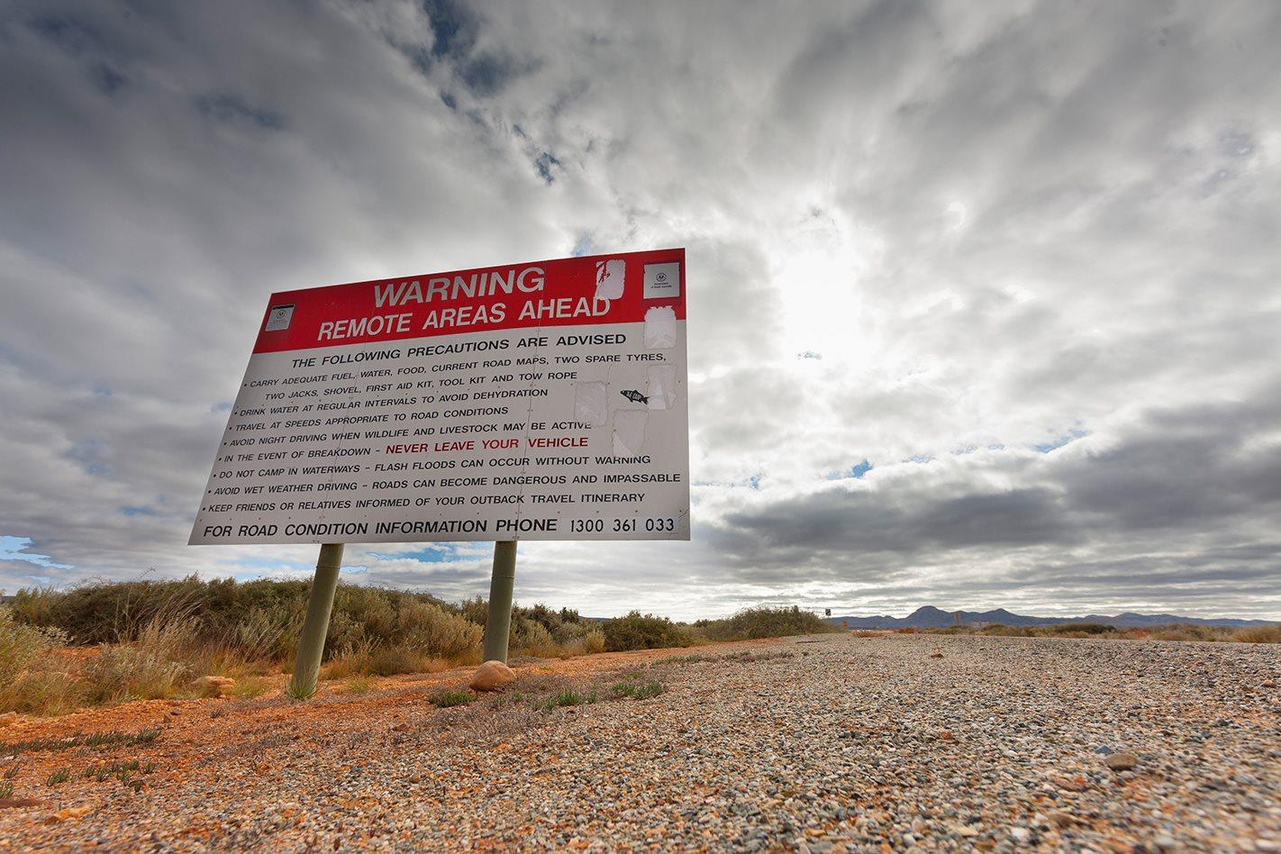 Remote sign Yunta to Hawker, SA.jpg