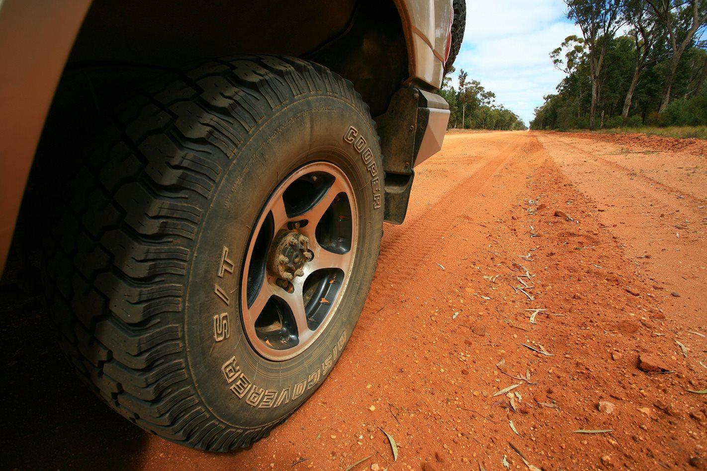 Toyota Land Cruiser 100 Series custom wheel