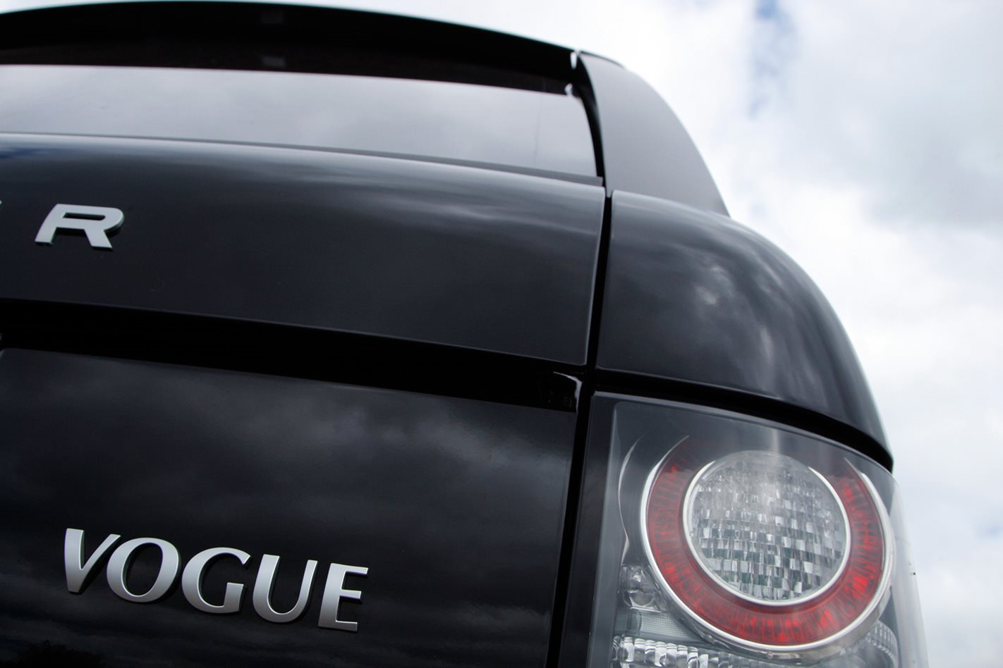 Armoured Range Rover custom badge.jpg