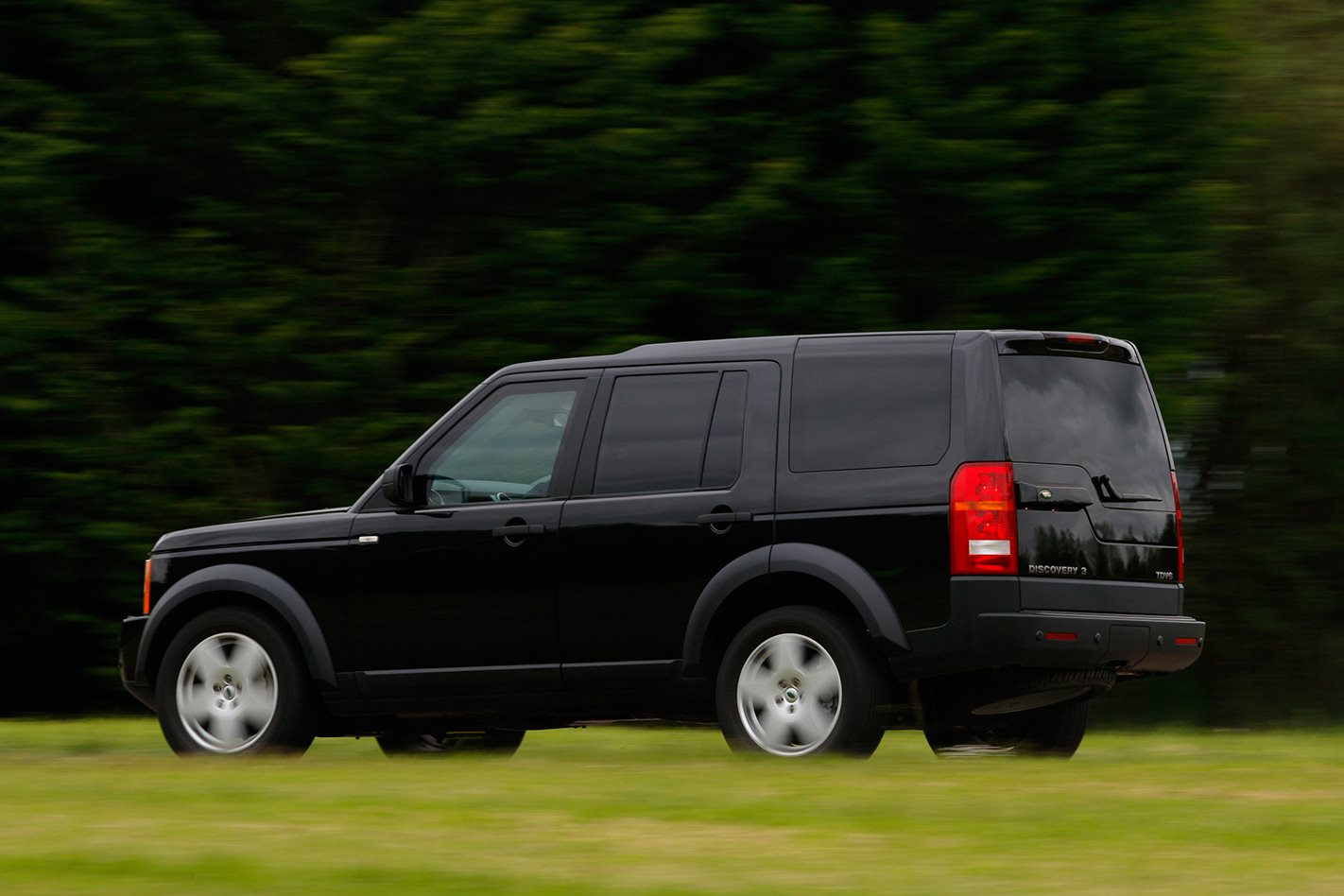 Armoured Range Rover custom exterior.jpg