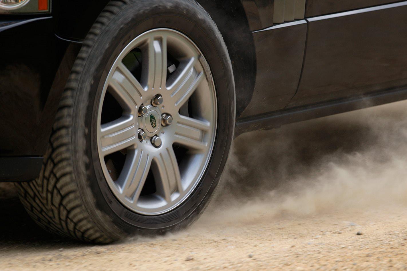 Armoured Range Rover tyre.jpg