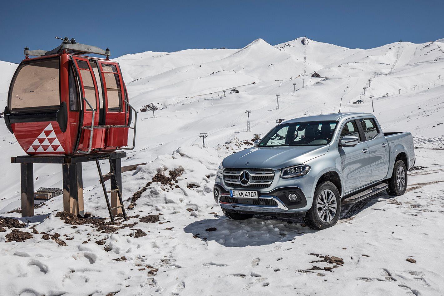 2018-Mercedes-Benz-X-Class-snow.jpg