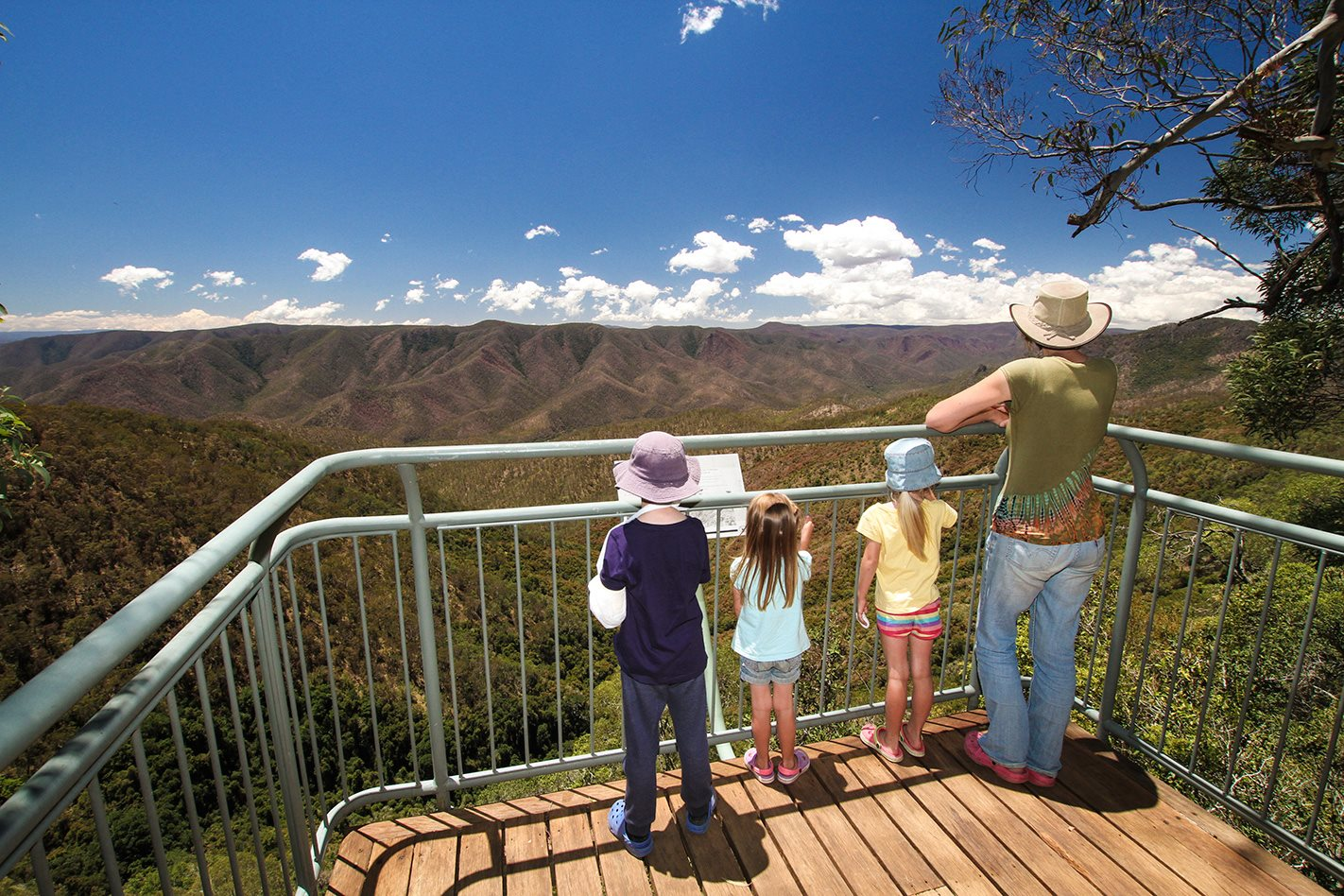 Oxley Wild Rivers National Park NSW lookout.jpg