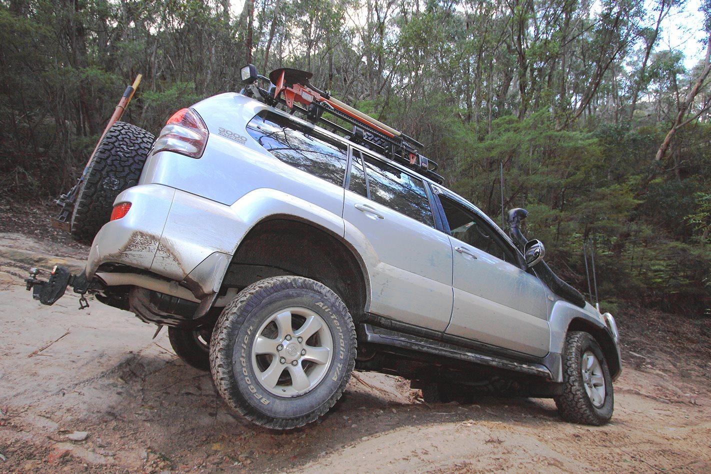 Toyota-Prado-GXL--exterior.jpg