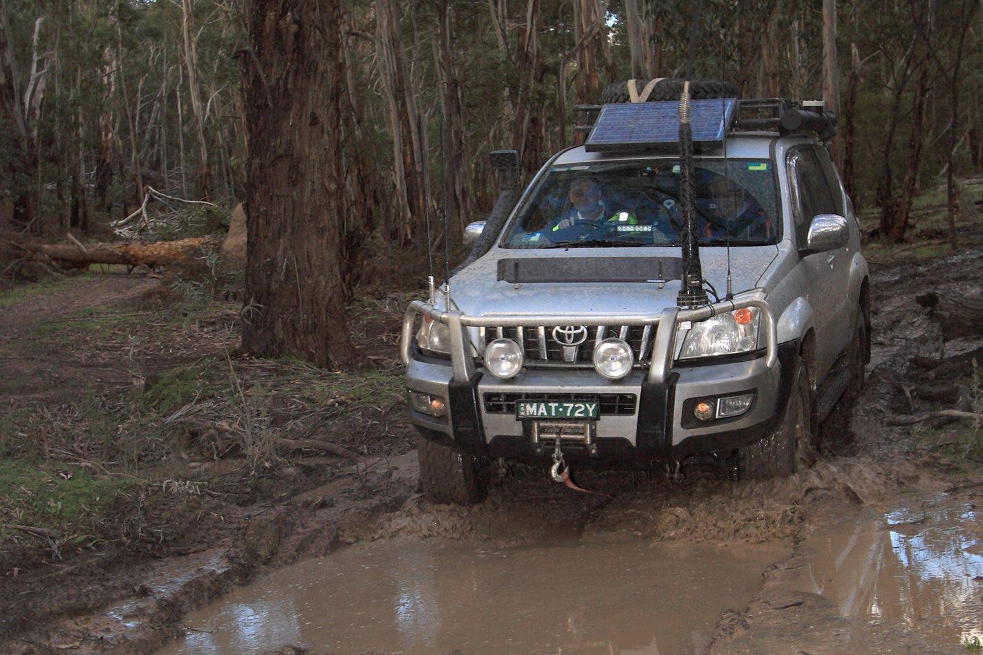 Toyota-Prado-GXL-muddy-terrain.jpg